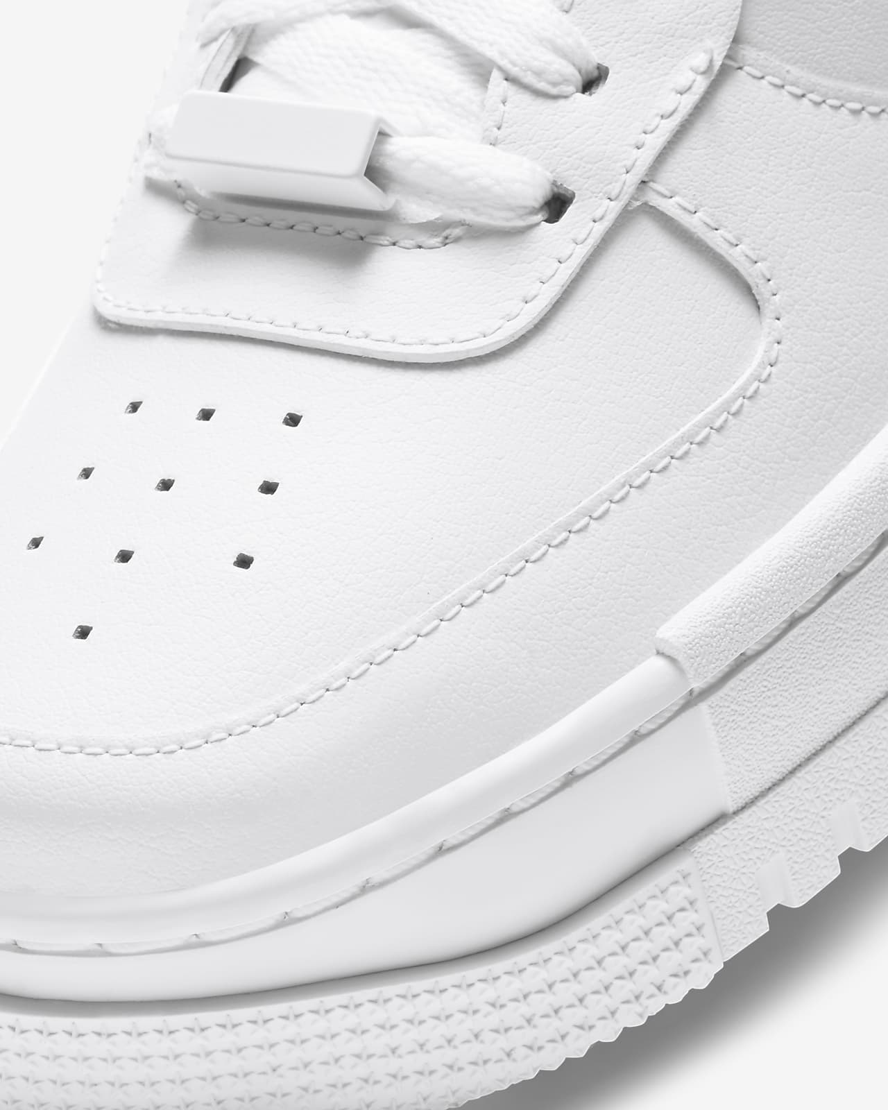 Chaussure Nike Air Force 1 Pixel pour Femme. Nike LU