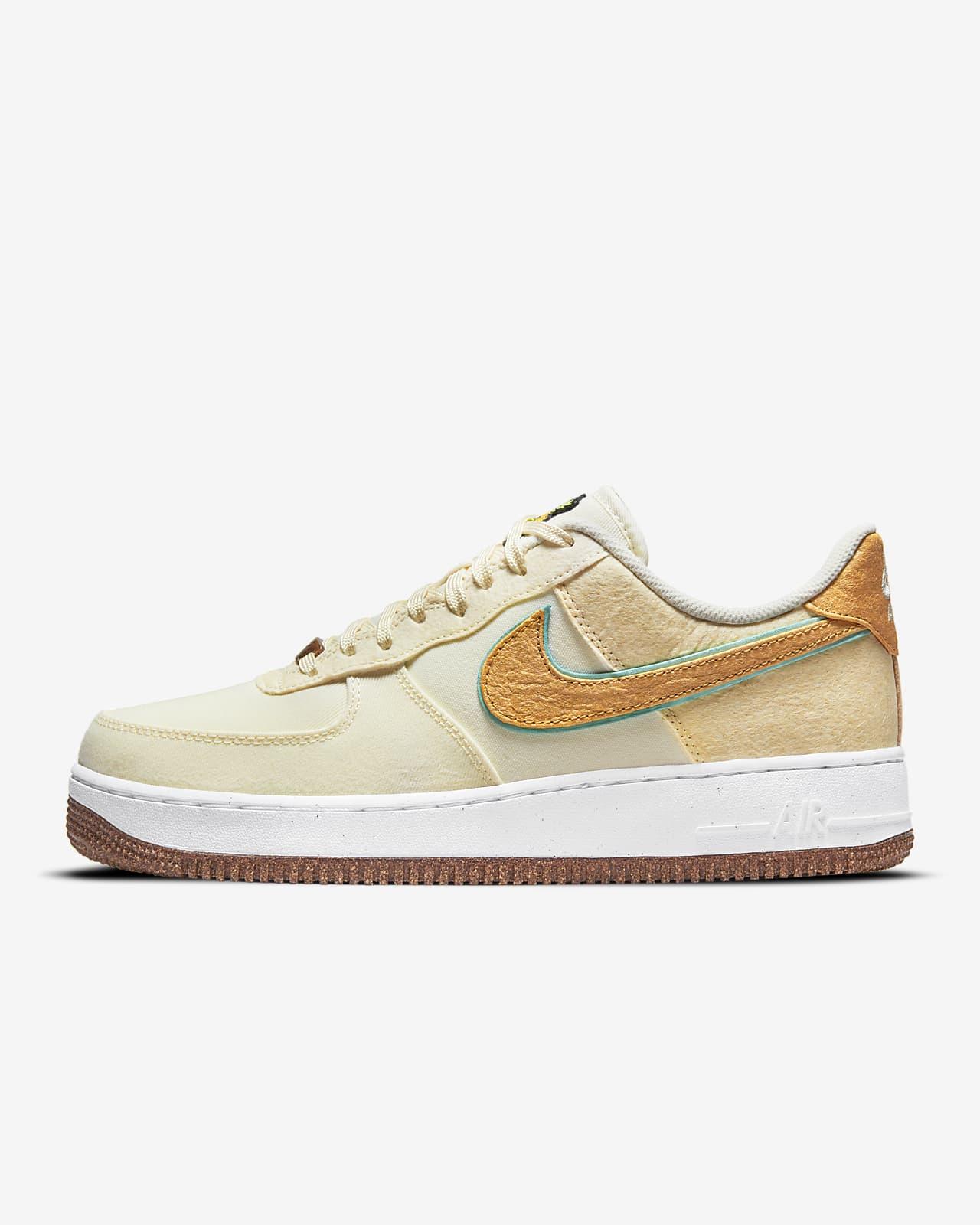 Nike Air Force 1 '07 Premium 鞋款