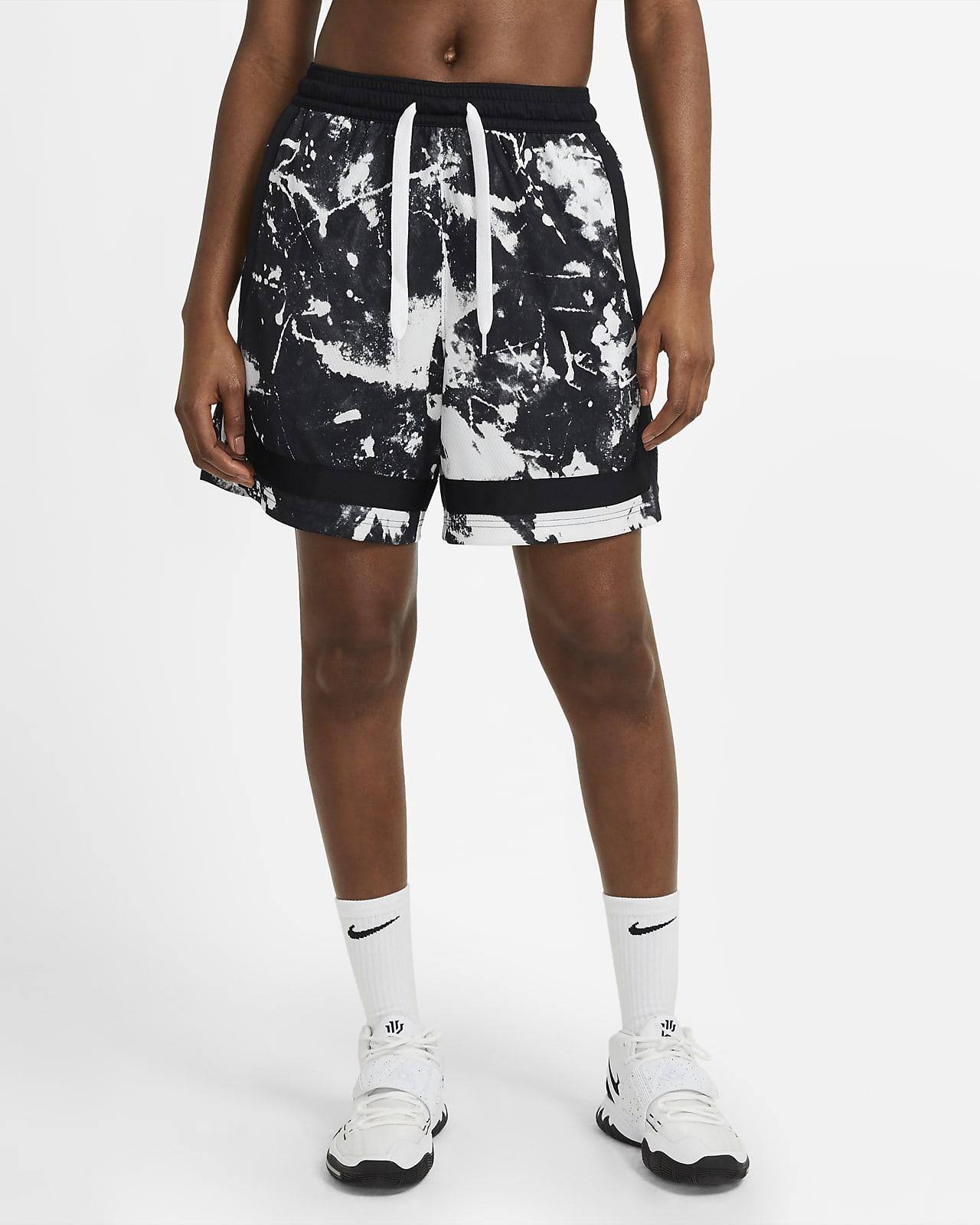 Γυναικείο εμπριμέ σορτς μπάσκετ Nike Swoosh Fly