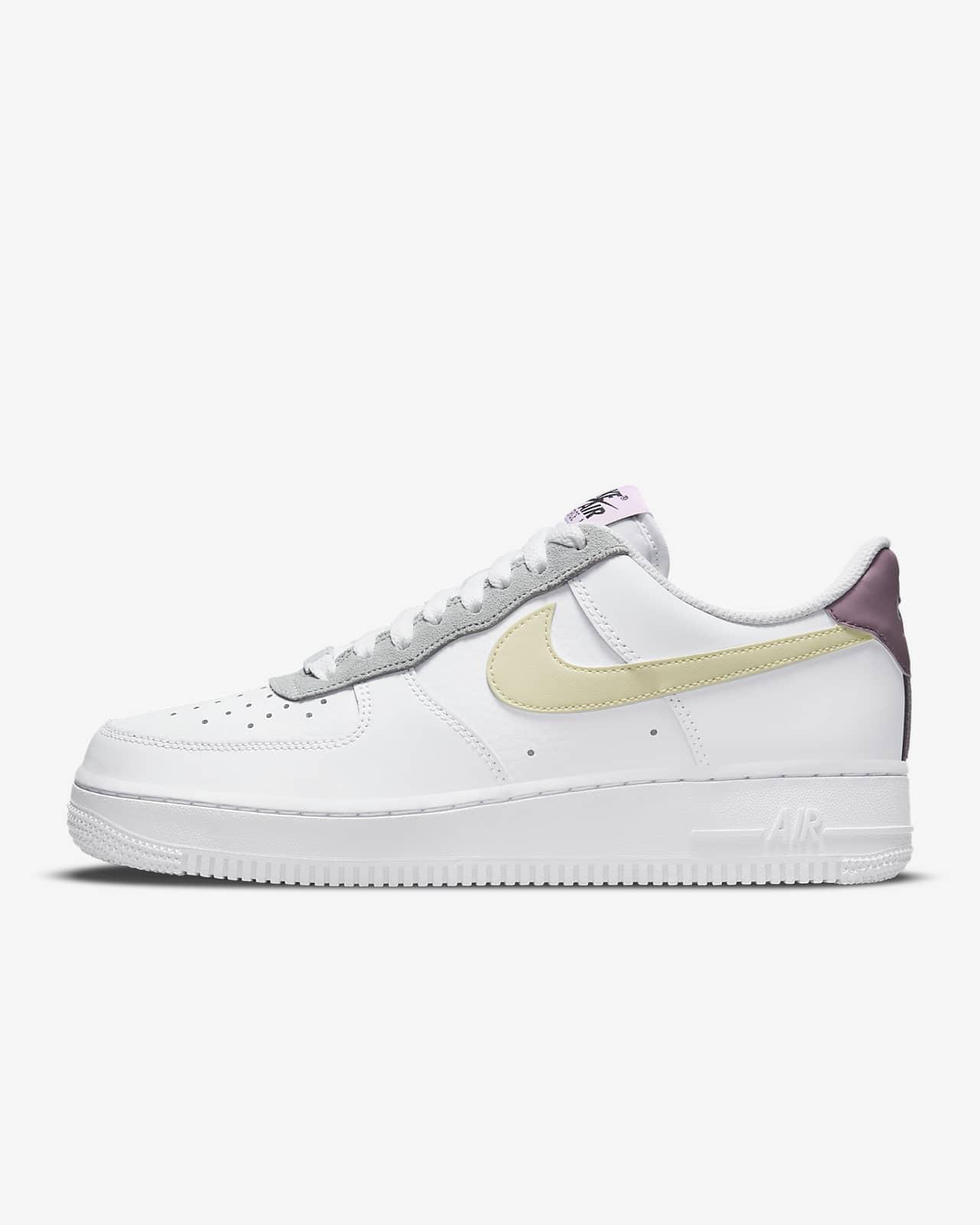 Nike Air Force 1 '07 Essential Women's Shoes. Nike LU