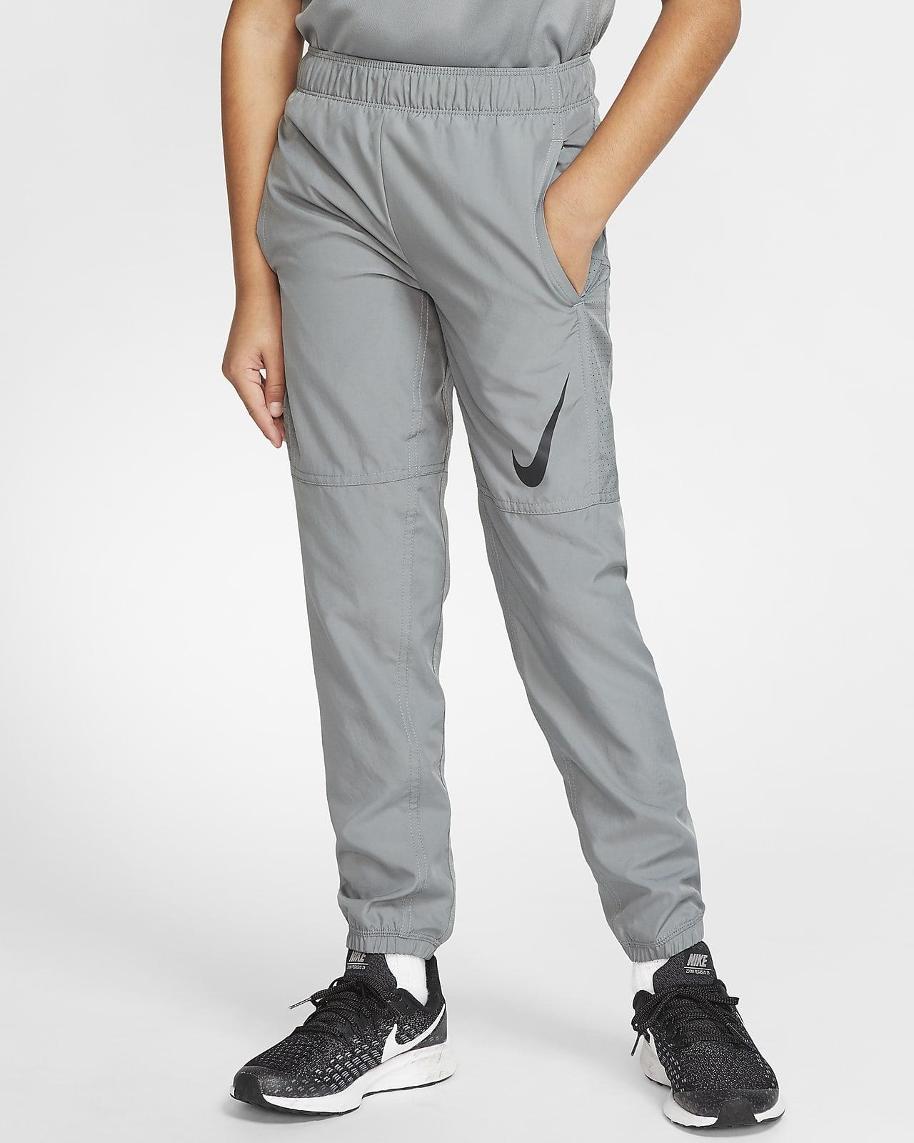 Rafflesia Arnoldi modo pellizco  Nike Big Kids' (Boys') Training Pants. Nike.com