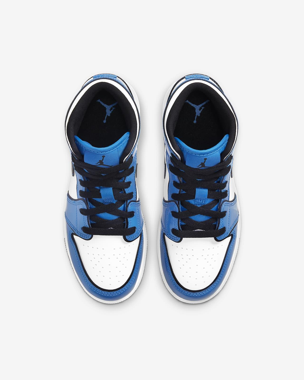 Air Jordan 1 Mid SE Big Kids' Shoe. Nike JP