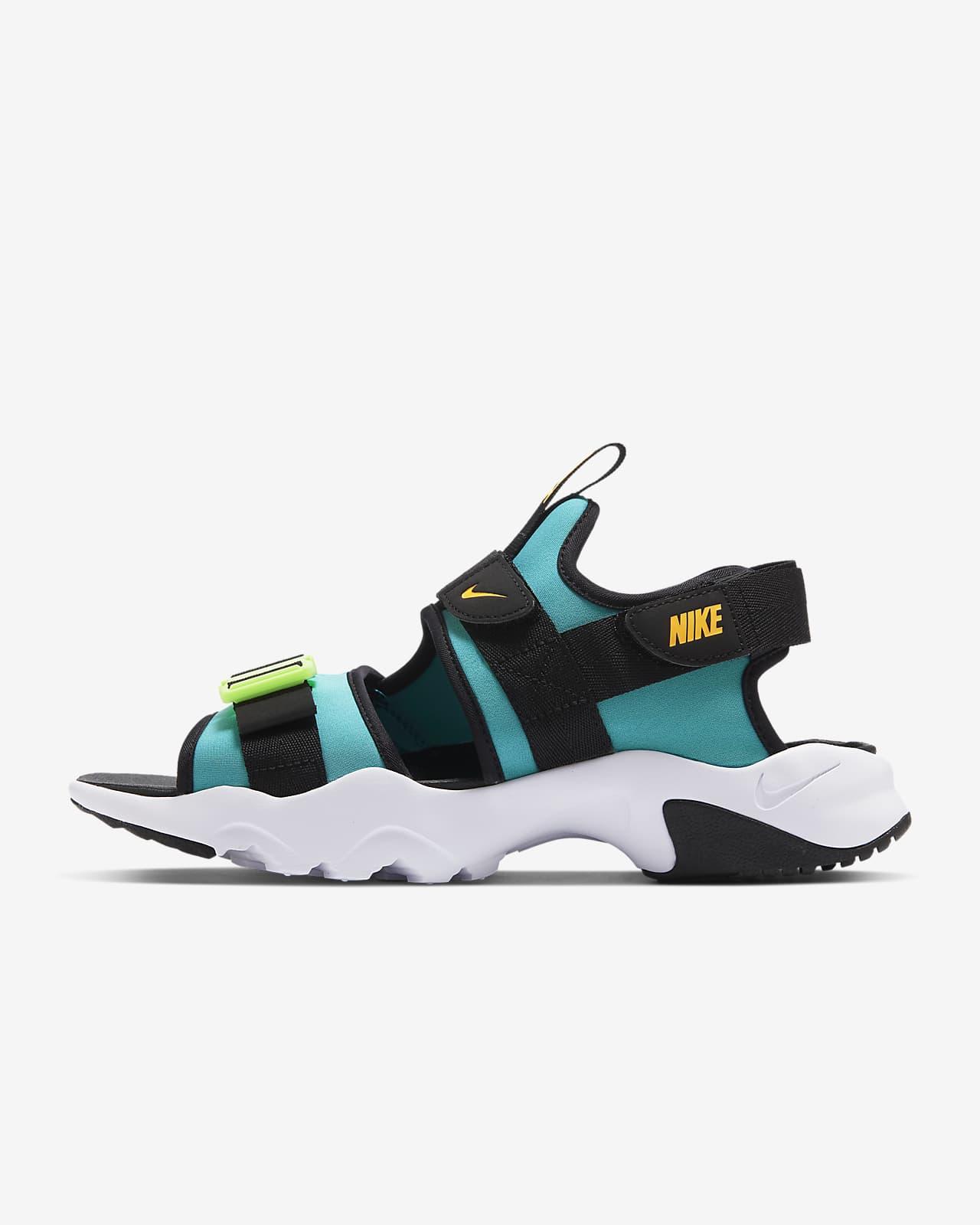Nike Canyon Erkek Sandaleti