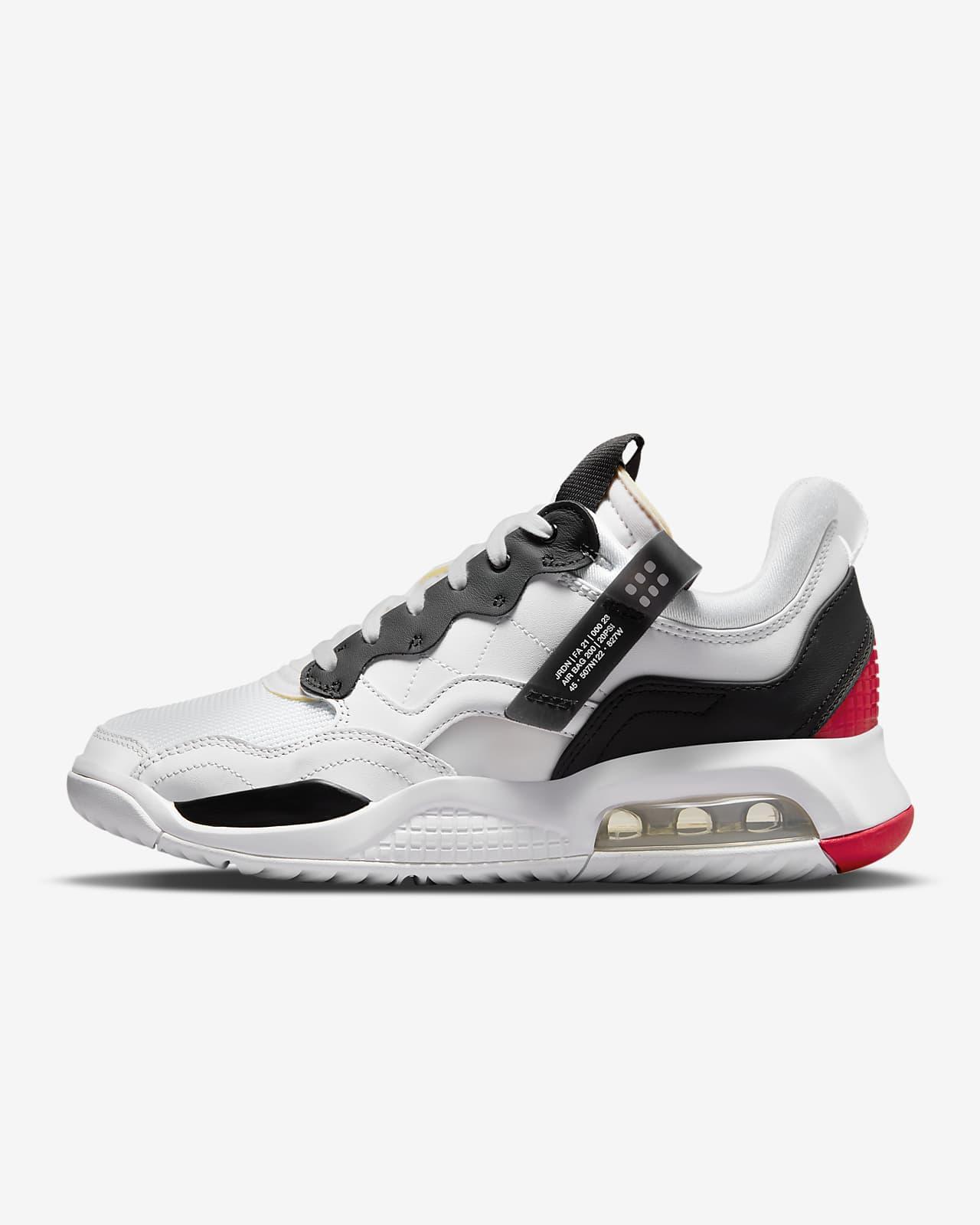 รองเท้า Jordan MA2
