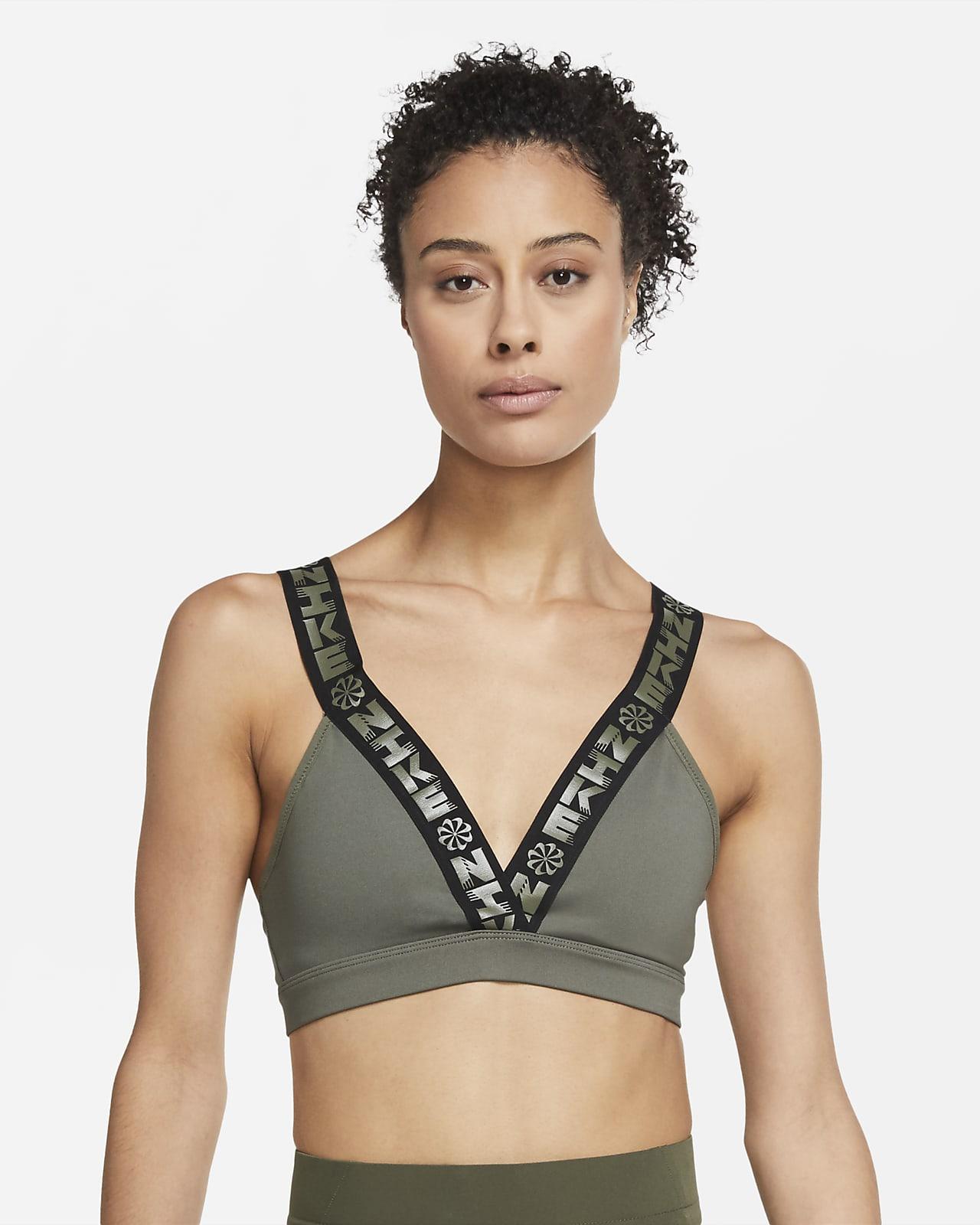 Brassière de sport rembourrée à encolure plongeante et maintien léger Nike Indy Icon Clash pour Femme