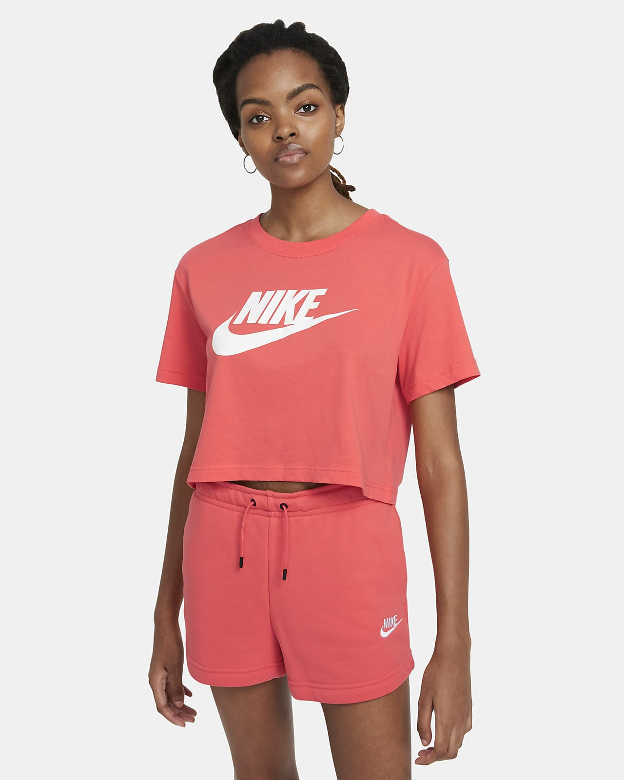 Nike Sportswear Essential Women's Cropped T-Shirt