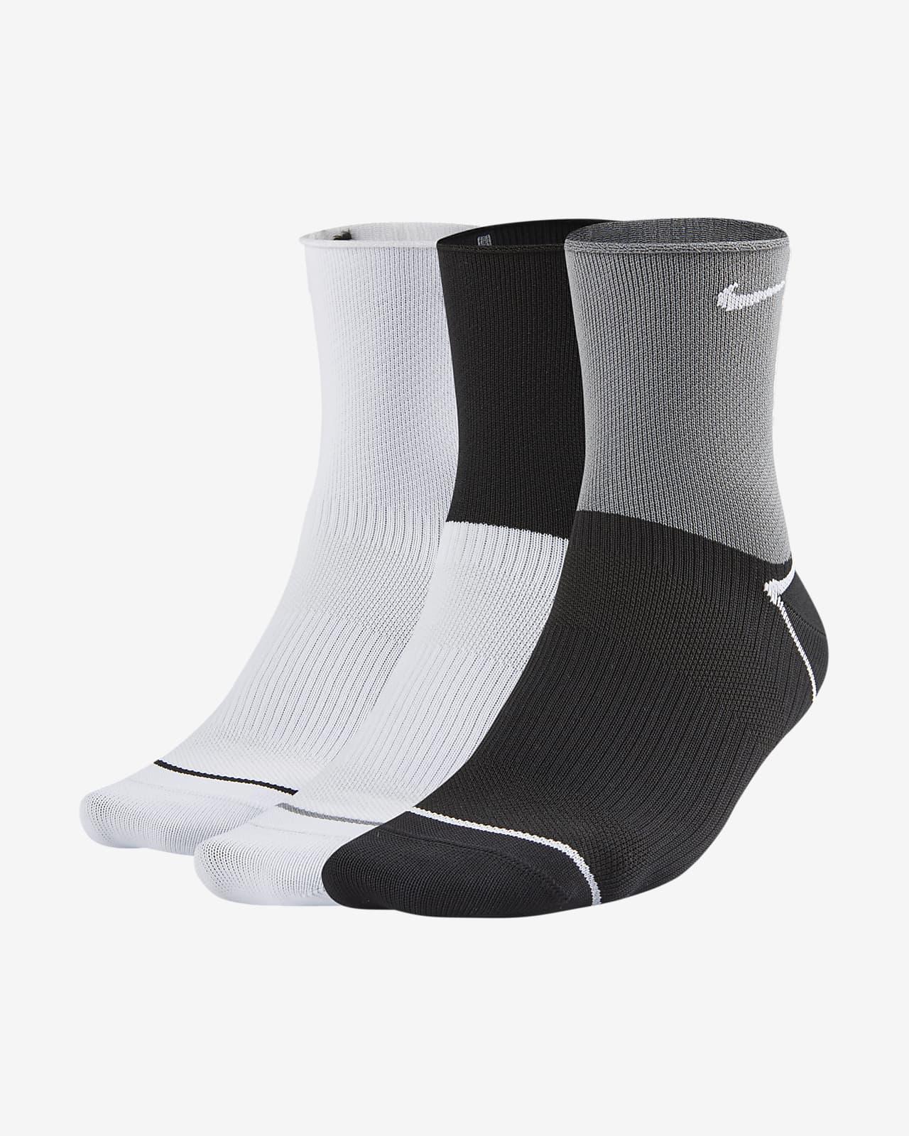 Calcetines cortos de entrenamiento para mujer Nike Everyday Plus Lightweight (3 pares)