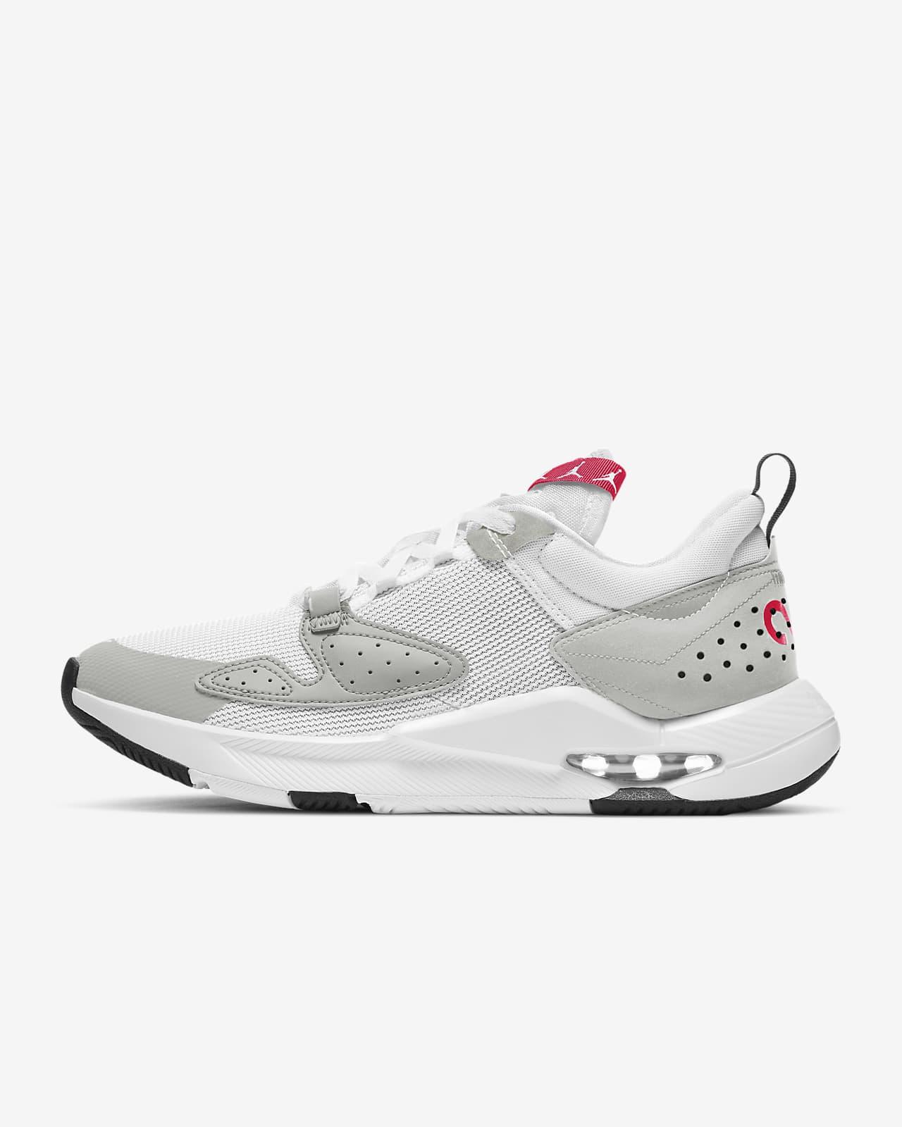 รองเท้าผู้ชาย Jordan Air Cadence