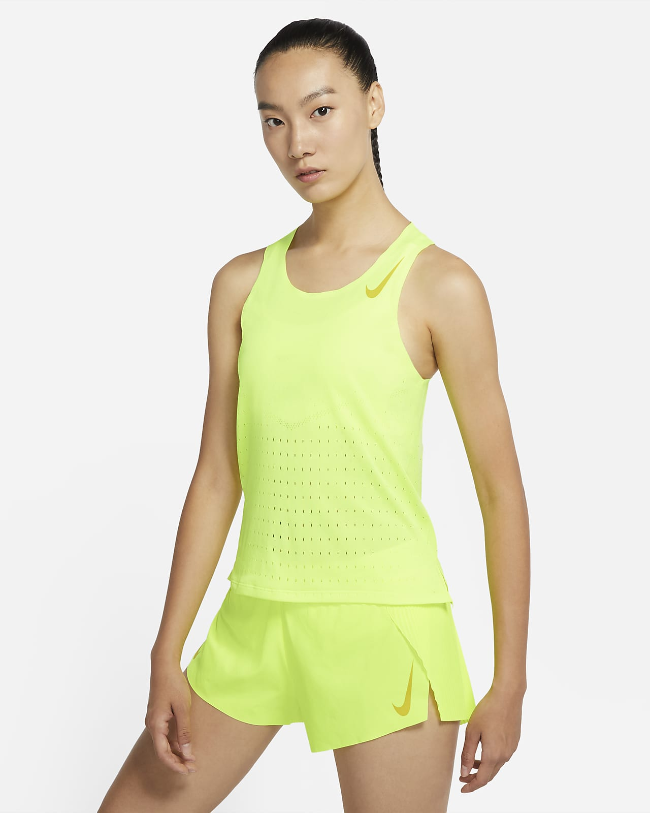 เสื้อกล้ามวิ่งผู้หญิง Nike AeroSwift