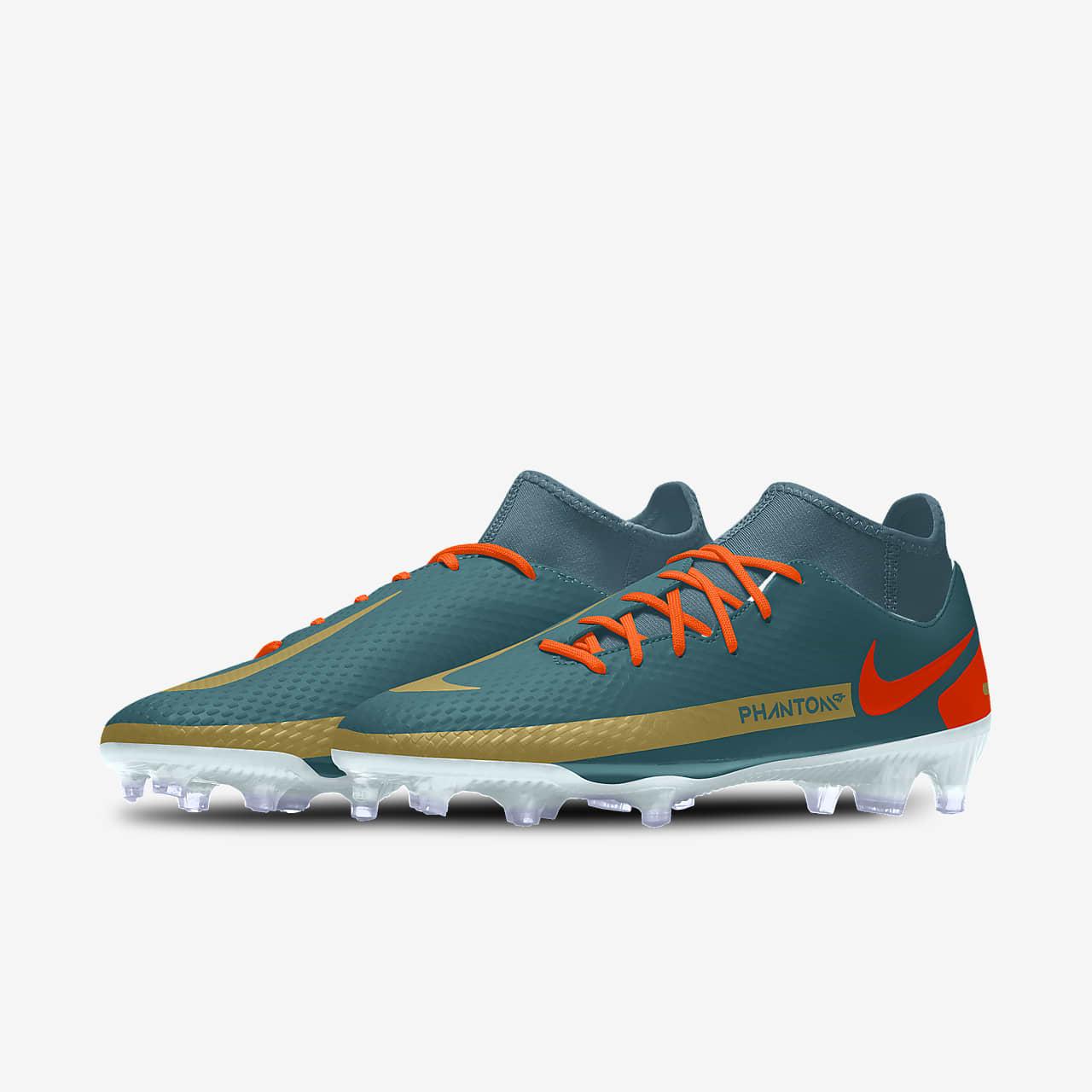 Custom Multi-Ground Football Boot. Nike LU