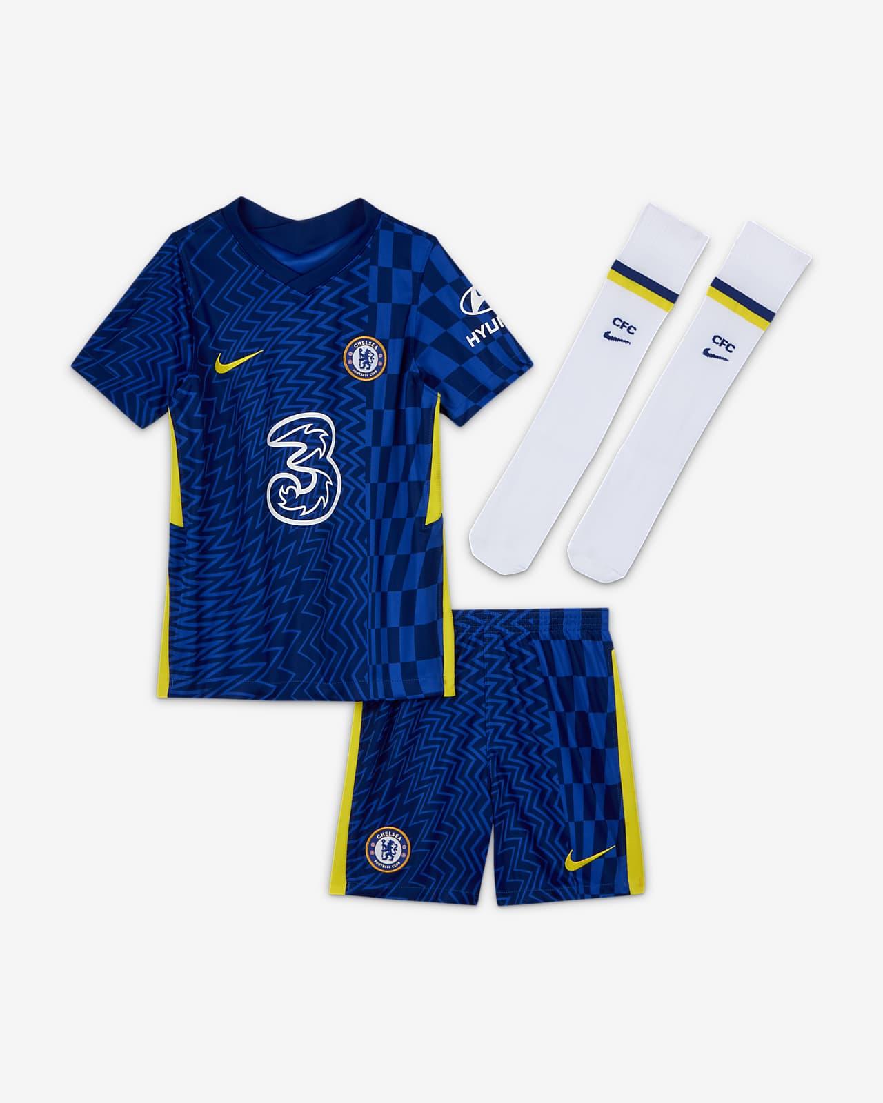 Chelsea F.C. 2021/22 Home Younger Kids' Football Kit