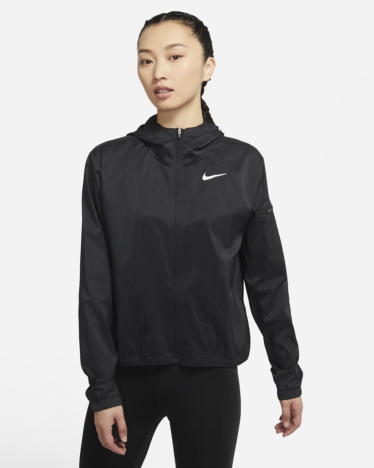 เสื้อแจ็คเก็ตวิ่งมีฮู้ดผู้หญิง Nike Impossibly Light