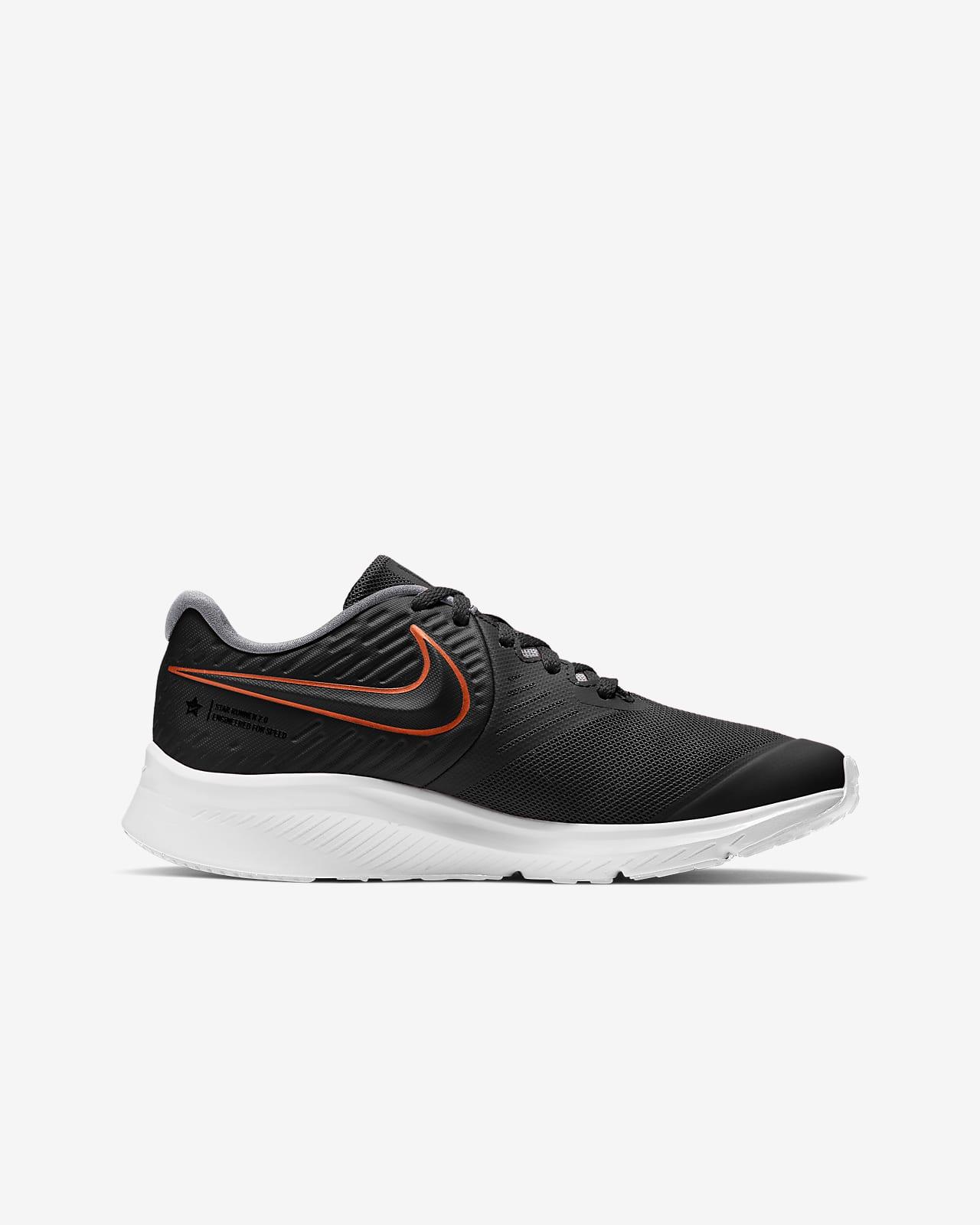 Nike 921443-005: Big Kids Star Runner PSV Black//Black Sneakers 12 M Little Kid