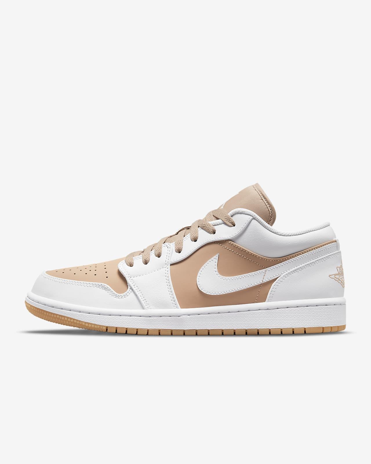 Chaussure Air Jordan 1 Low pour Homme. Nike LU