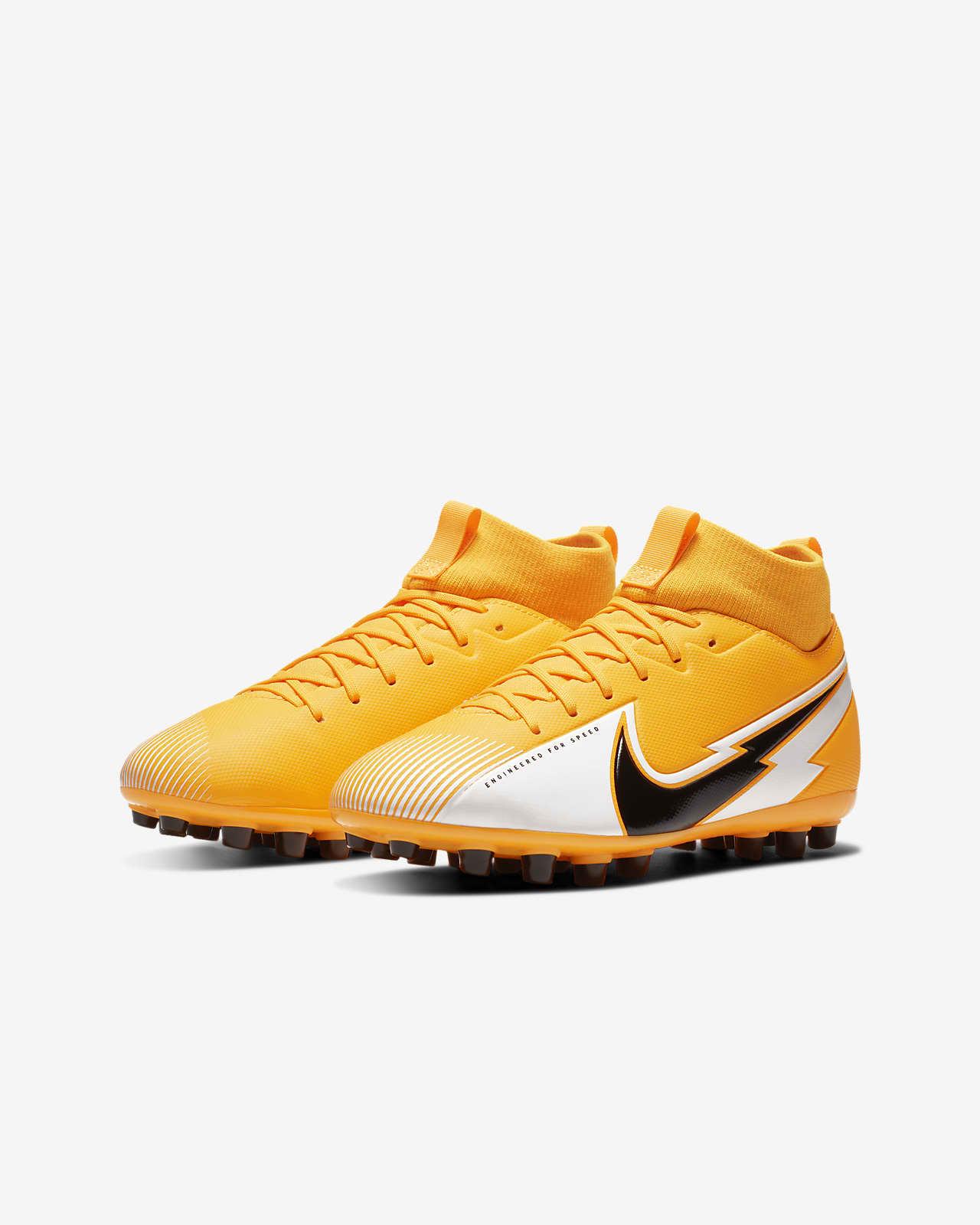 Pórtico explosión Familiar  Nike Jr. Mercurial Superfly 7 Academy AG Botas de fútbol para césped  artificial - Niño/a y niño/a pequeño/a. Nike ES