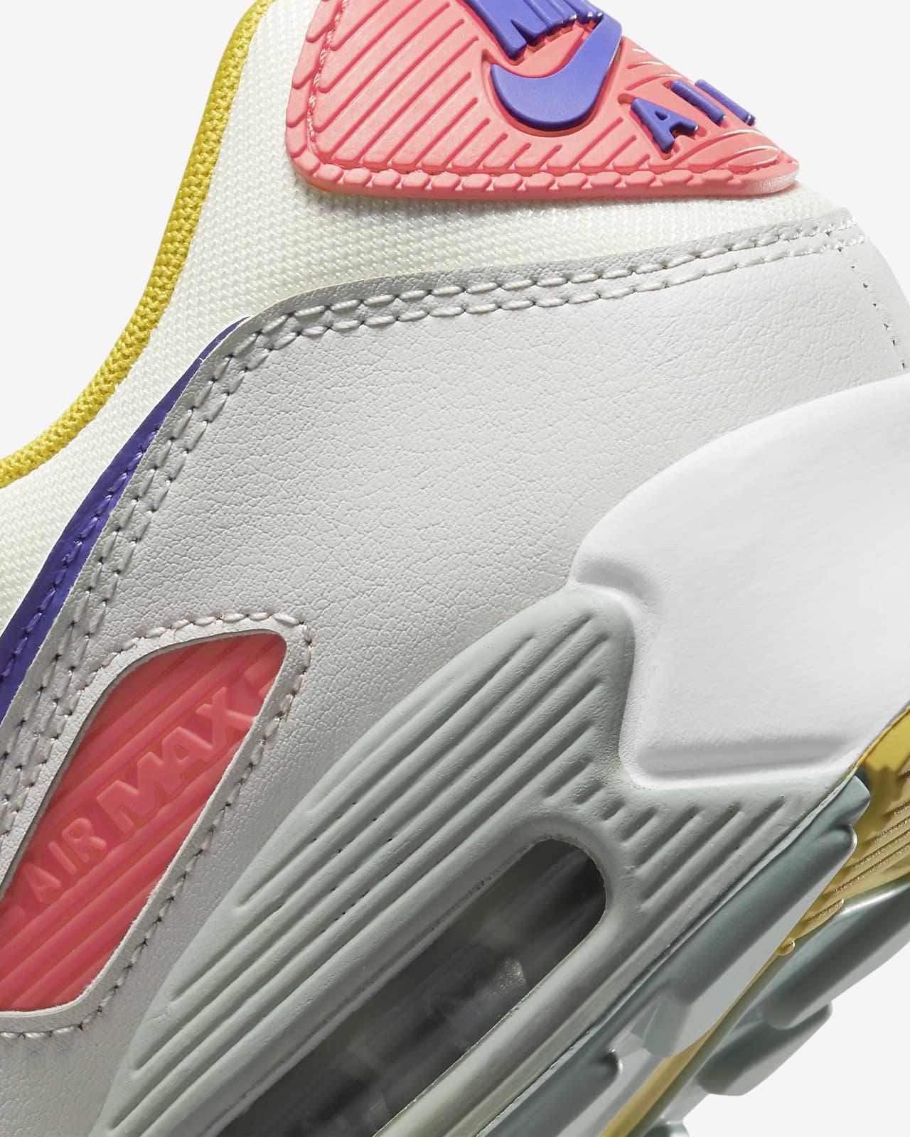 Chaussure Nike Air Max 90 pour Femme. Nike LU