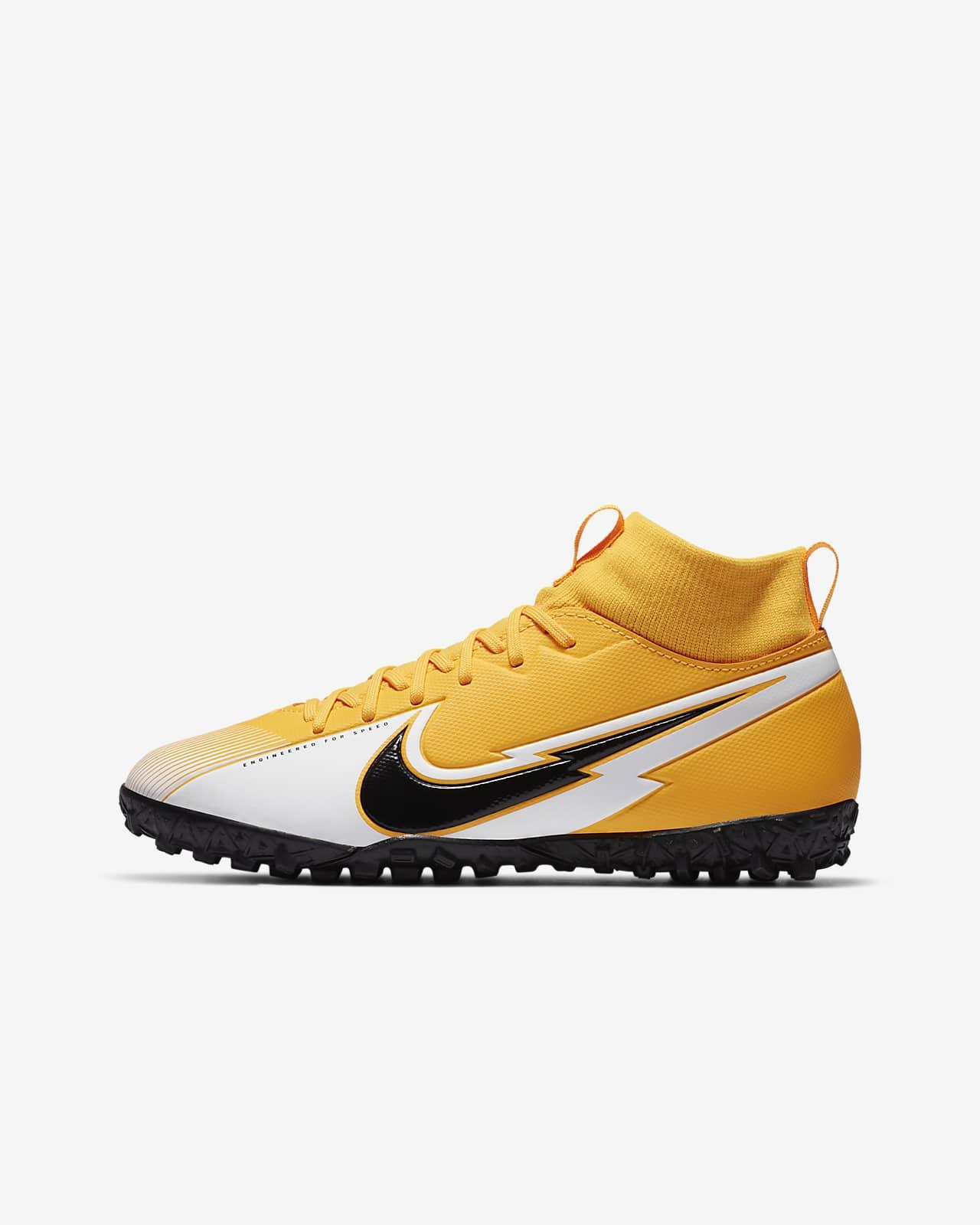 chaussure de enfant foot nike