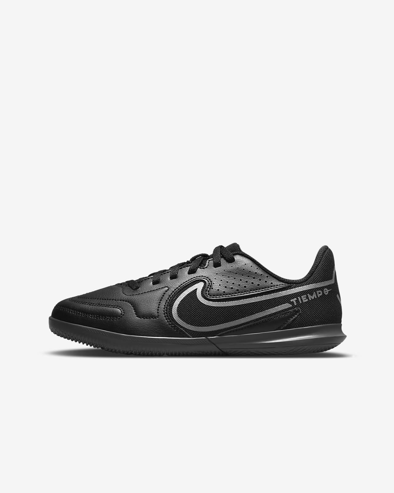 Nike Jr. Tiempo Legend 9 Club IC Younger/Older Kids' Indoor/Court Football Shoe