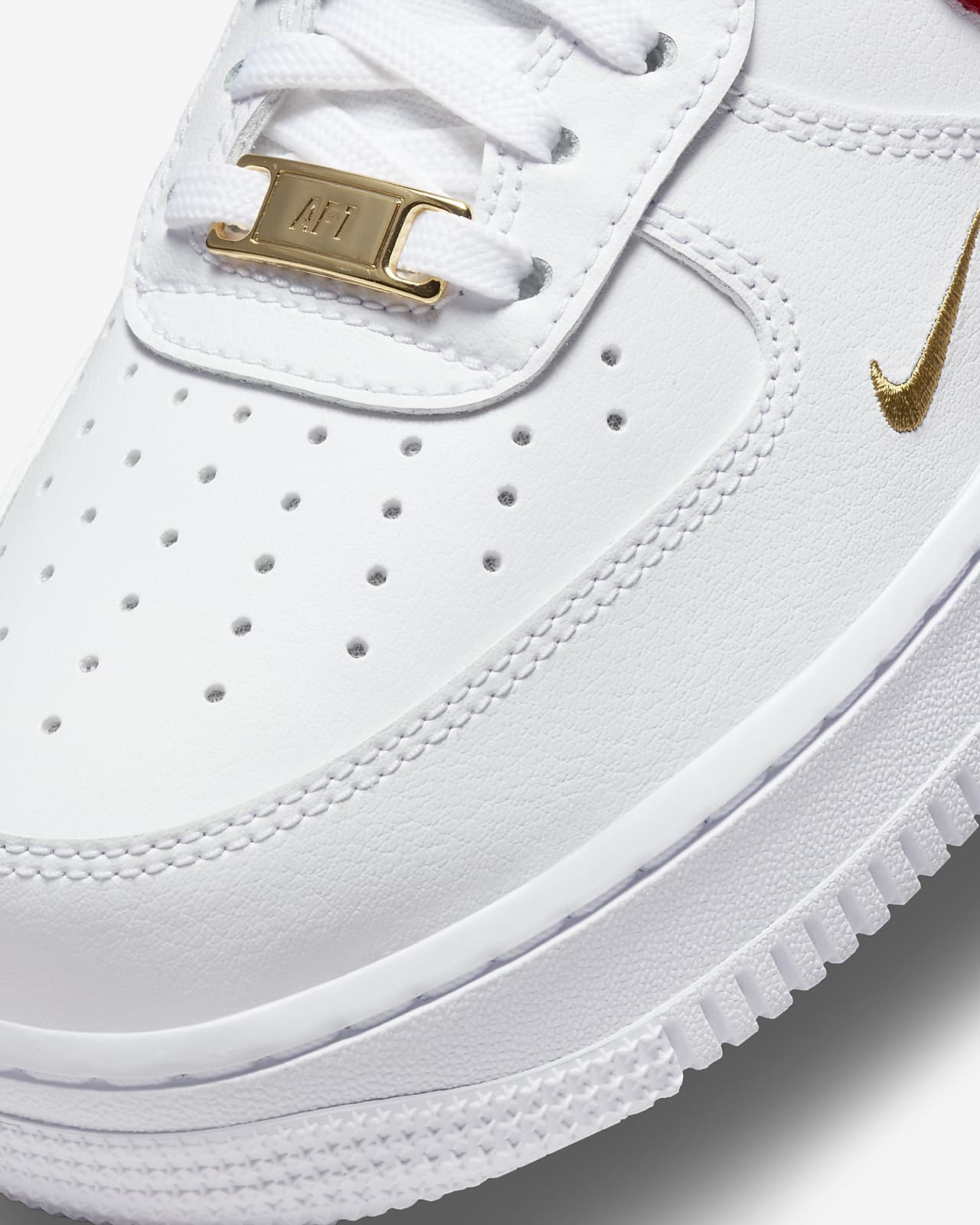 Nike Air Force 1 '07 Essential Women's Shoe. Nike LU