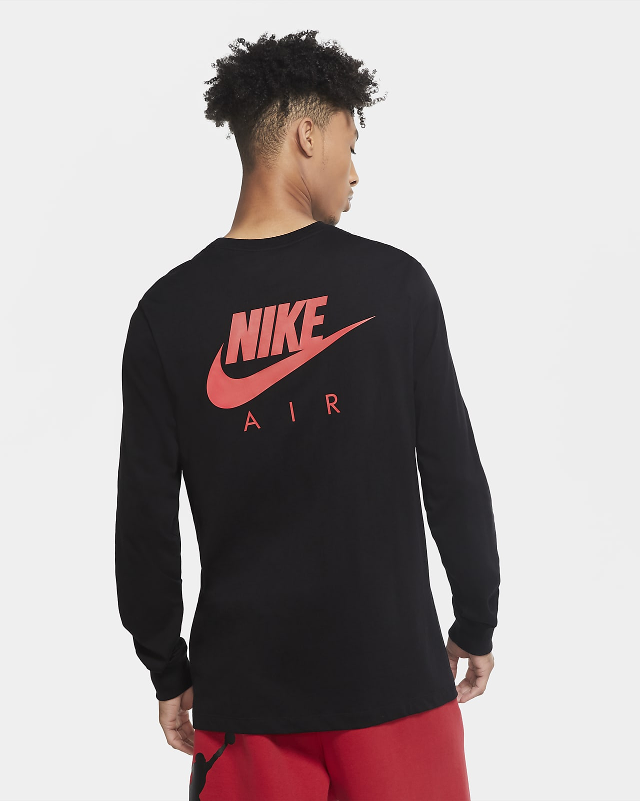 Long-Sleeve T-Shirt. Nike VN