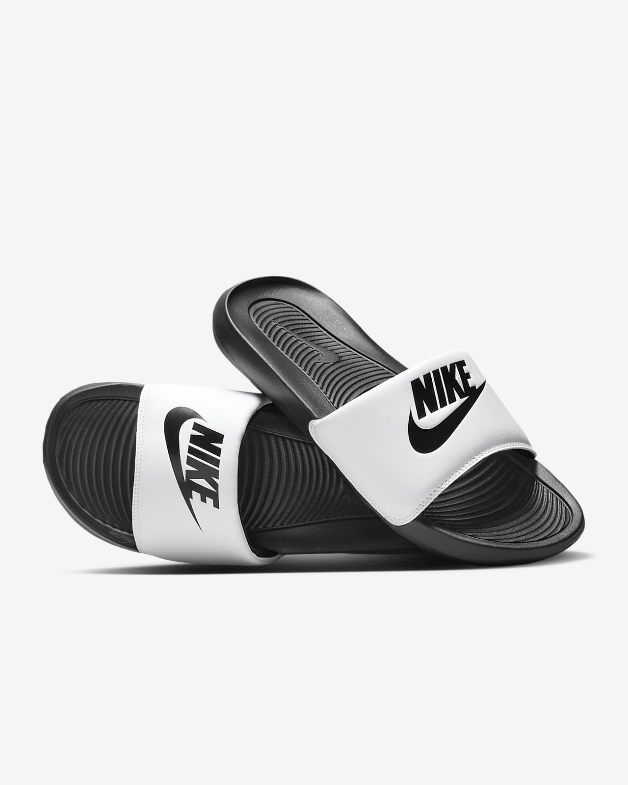 รองเท้าแตะผู้ชายแบบสวม Nike Victori One
