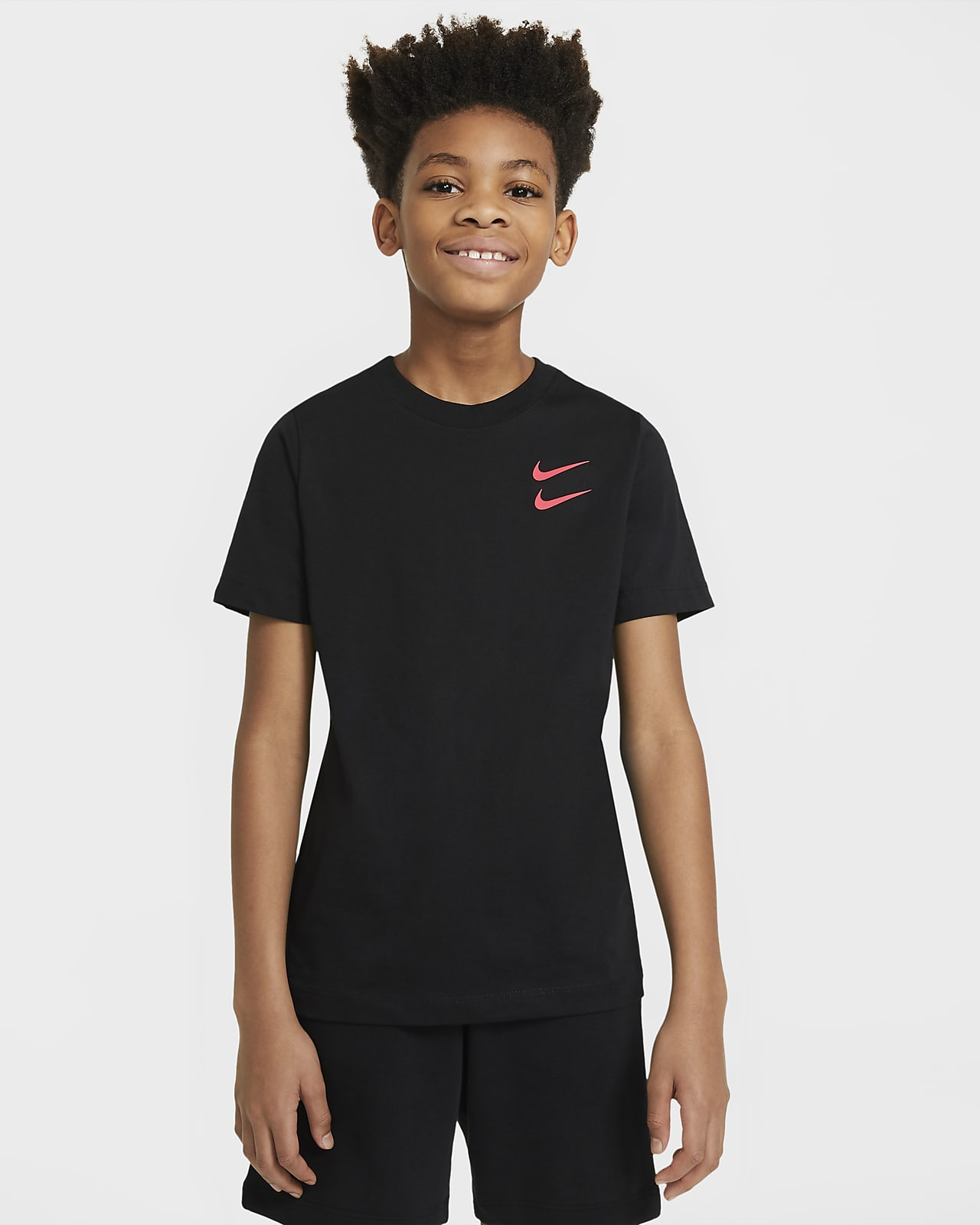 Nike Sportswear T skjorte til store barn (gutt). Nike NO