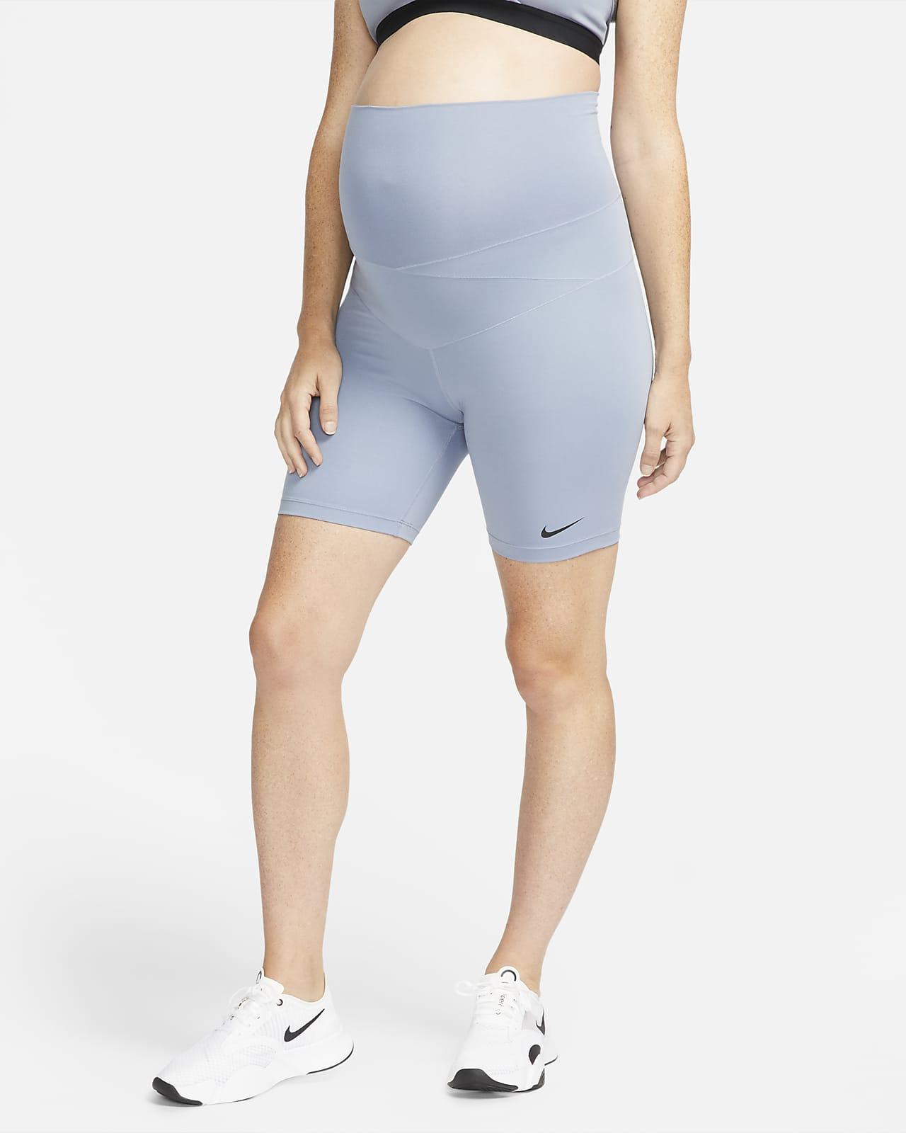 Nike One (M) Dri-FIT Mutterschafts-Shorts für Damen (ca. 18 cm)