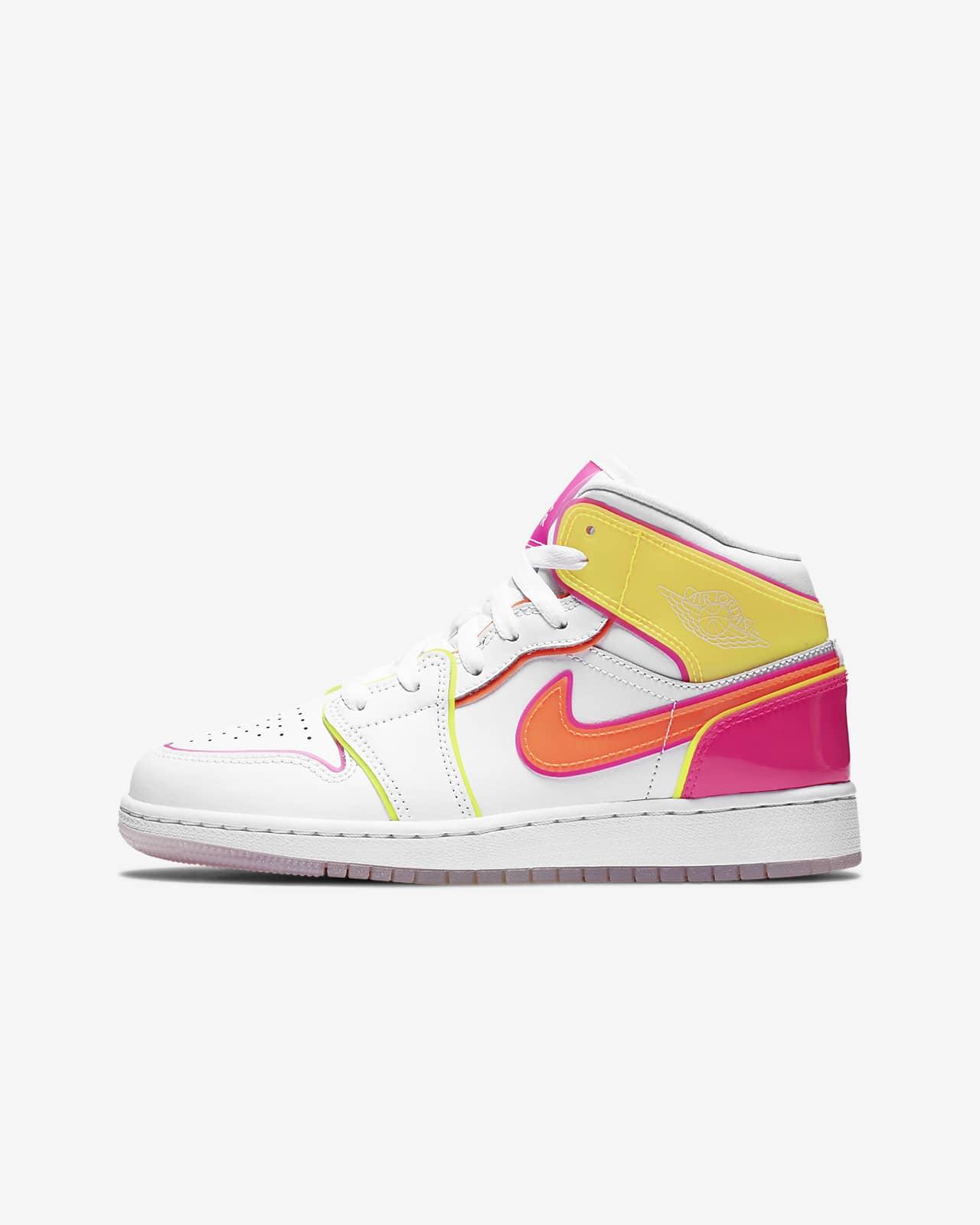 Air Jordan 1 Mid Edge Glow GS 大童运动童鞋