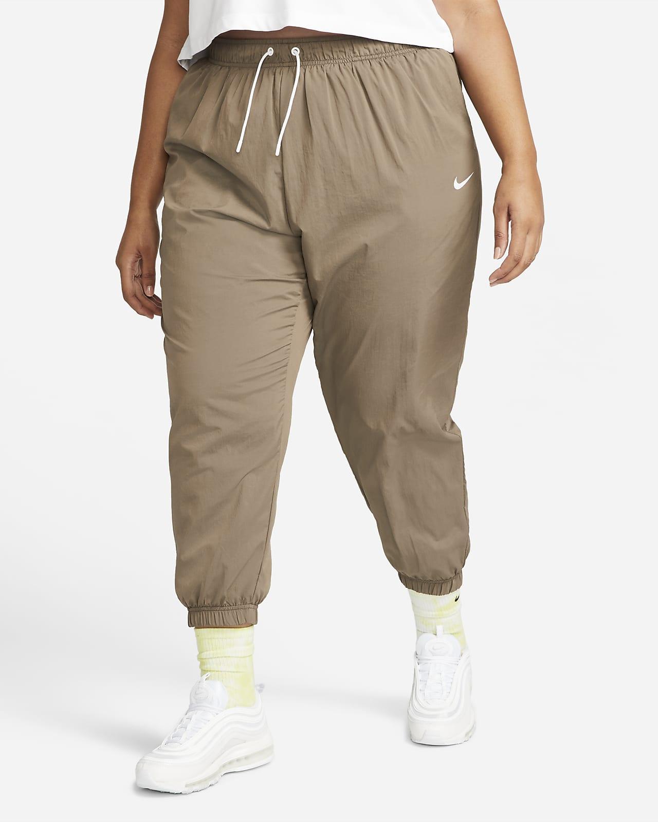 Nike Sportswear Essential Women's Oversized Woven Joggers (Plus Size)