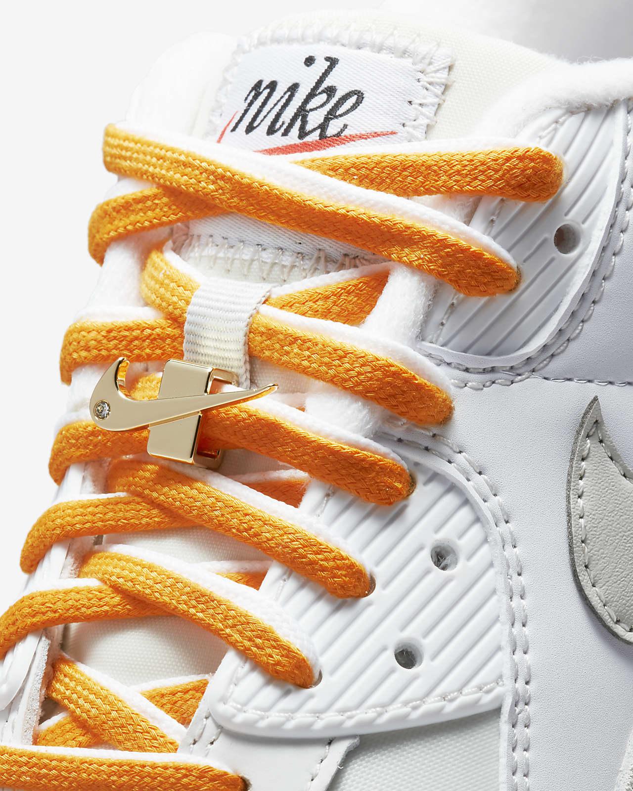 Nike Air Max 90 SE Women's Shoe. Nike LU