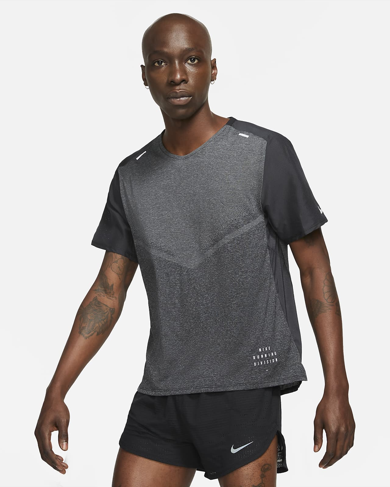 Nike Techknit Ultra Run Division 男款短袖跑步上衣
