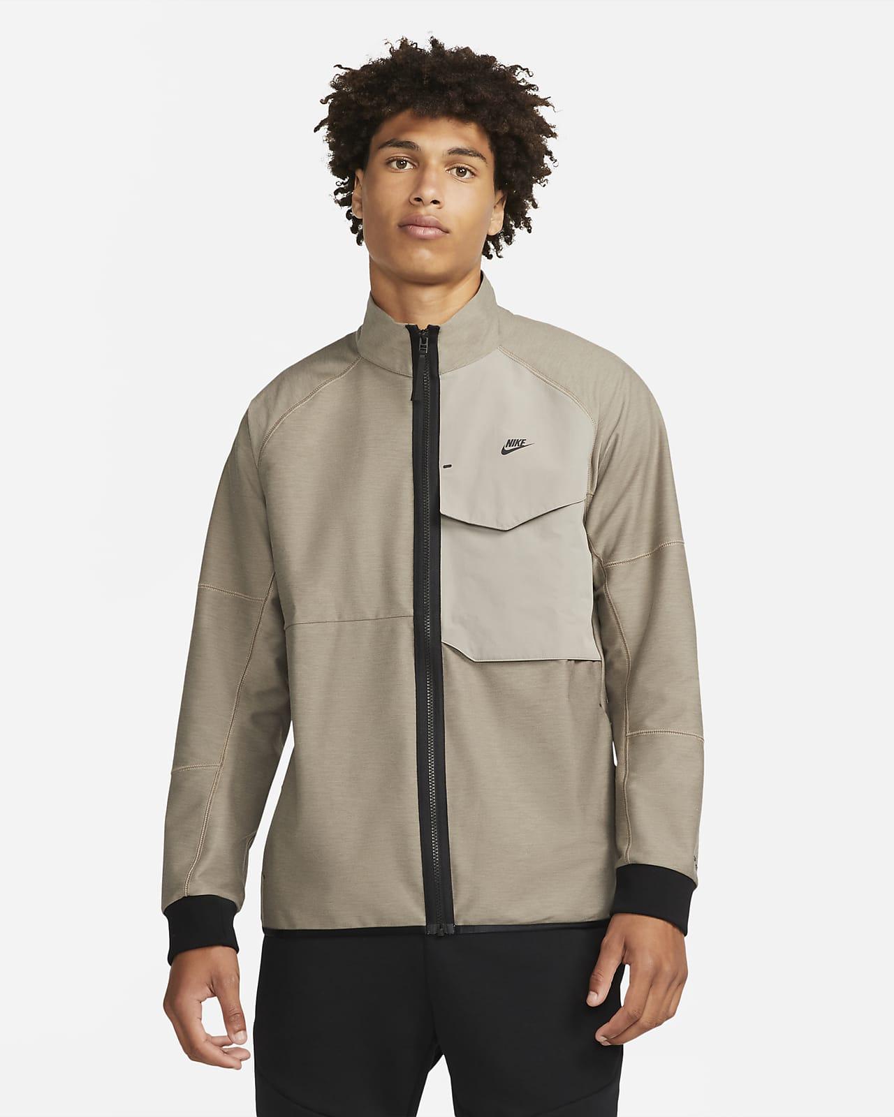 Мужская куртка без подкладки Nike Sportswear Dri-FIT Tech Pack