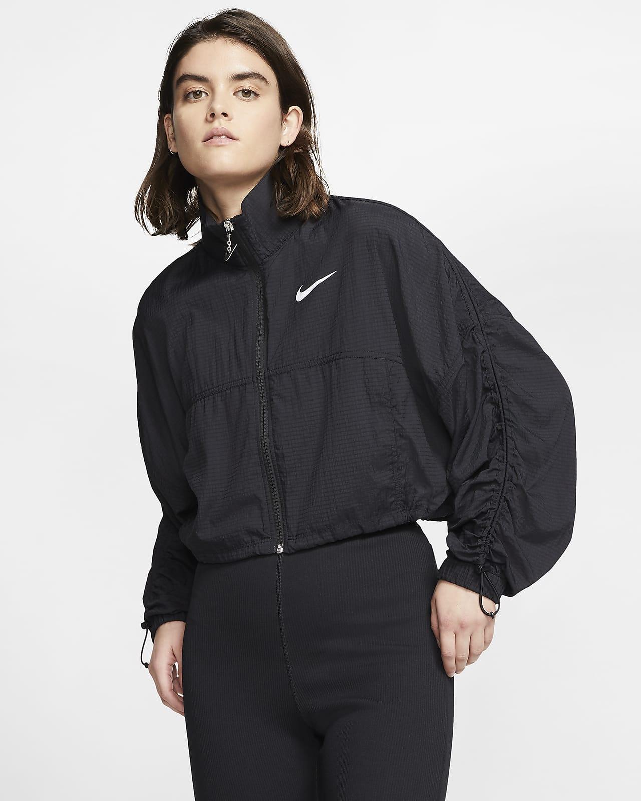 Nike Sportswear Swoosh Damenjacke aus Webmaterial