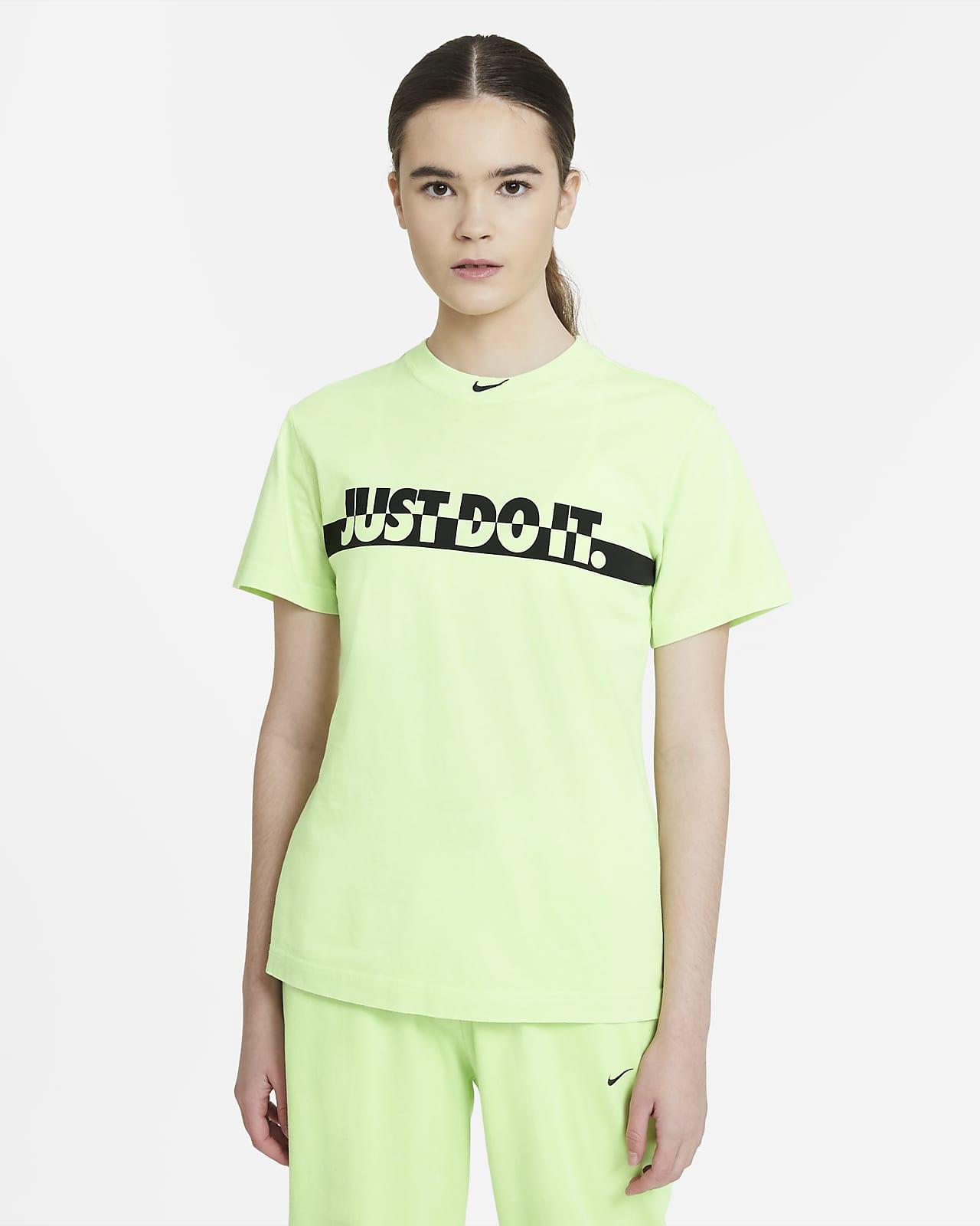 Nike Sportswear Women's Washed Short-Sleeve Top