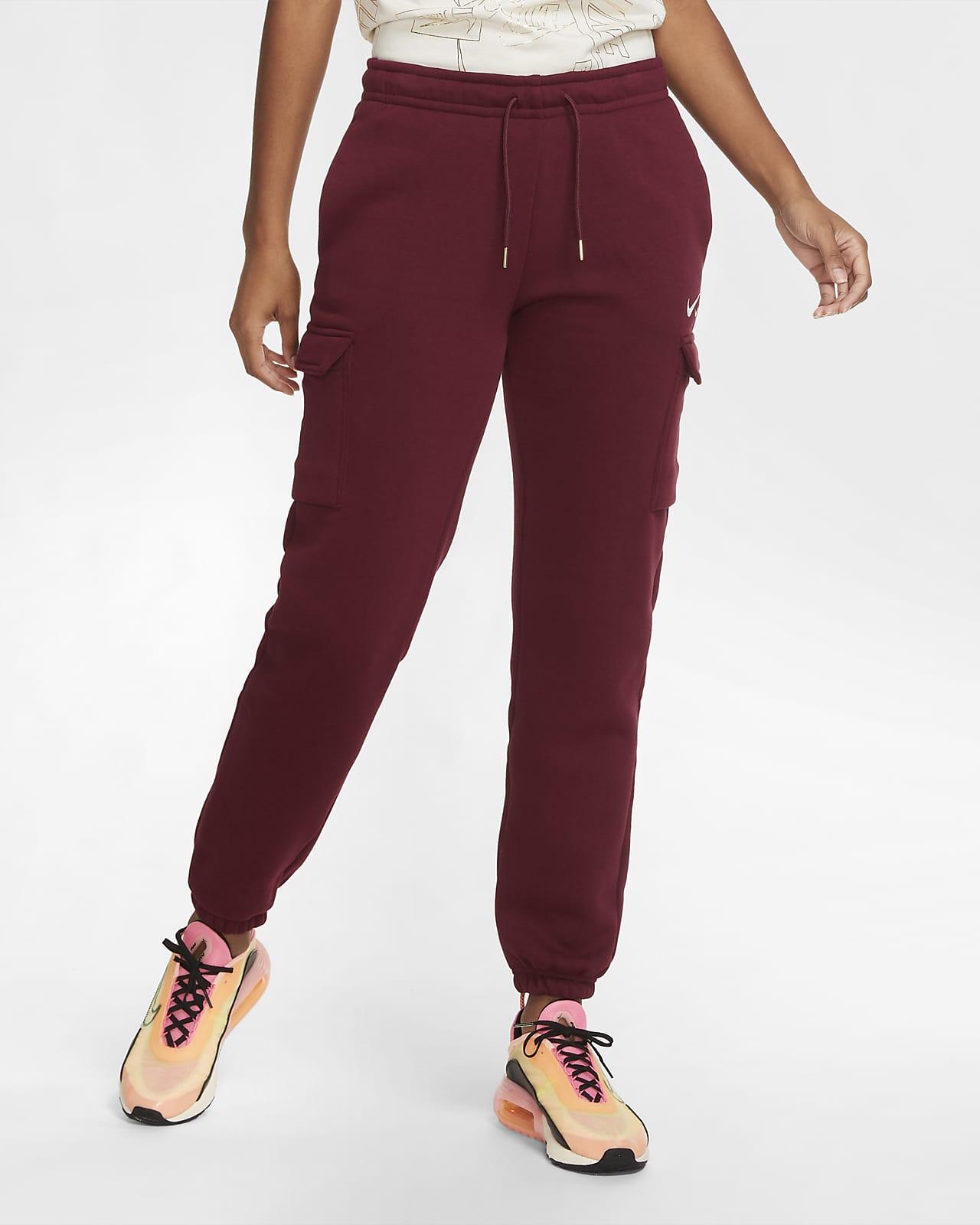 Nike Sportswear cargobukse i fleece med en ledig passform til dame