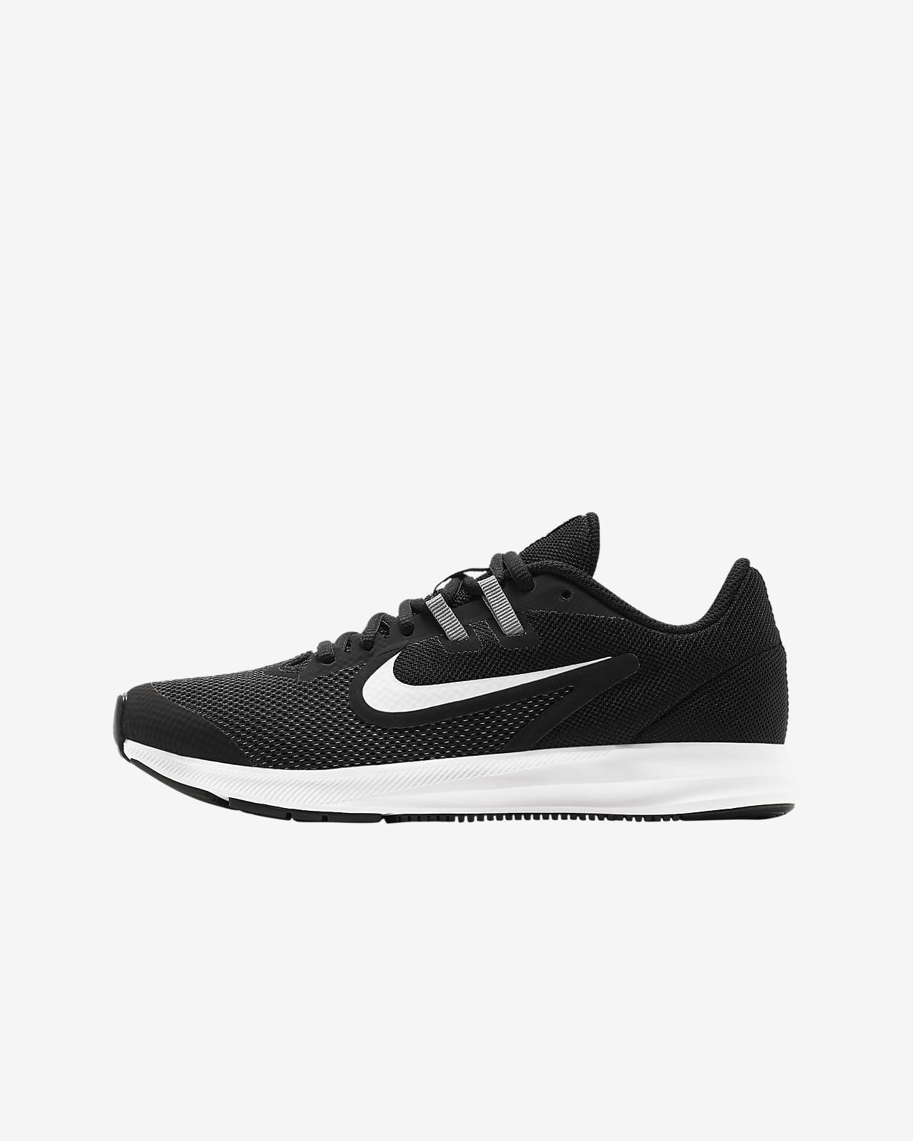 mantequilla Abuso protestante  Nike Downshifter 9 Older Kids' Running Shoe. Nike GB