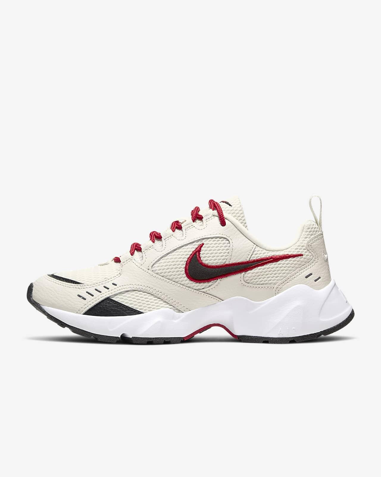 Nike Air Heights sko til dame. Nike NO