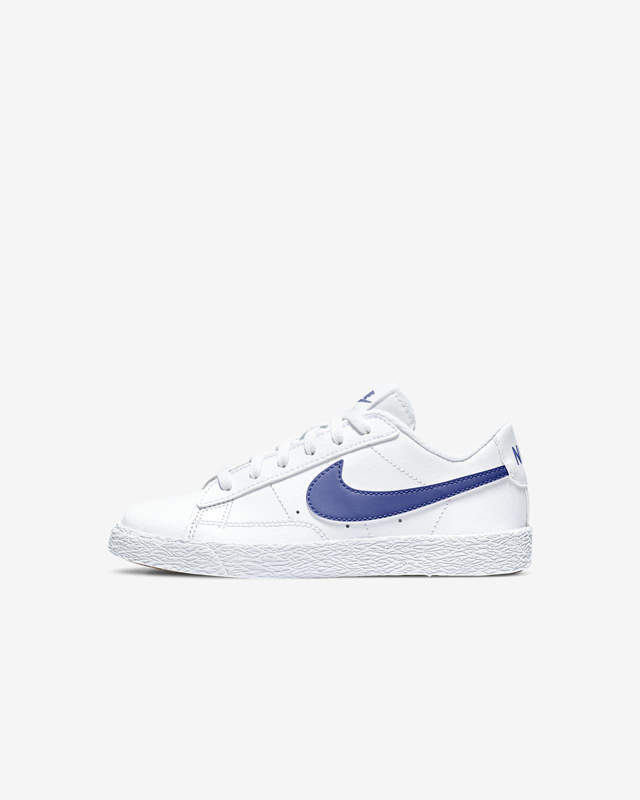 Nike Blazer Low Younger Kids' Shoe. Nike AT