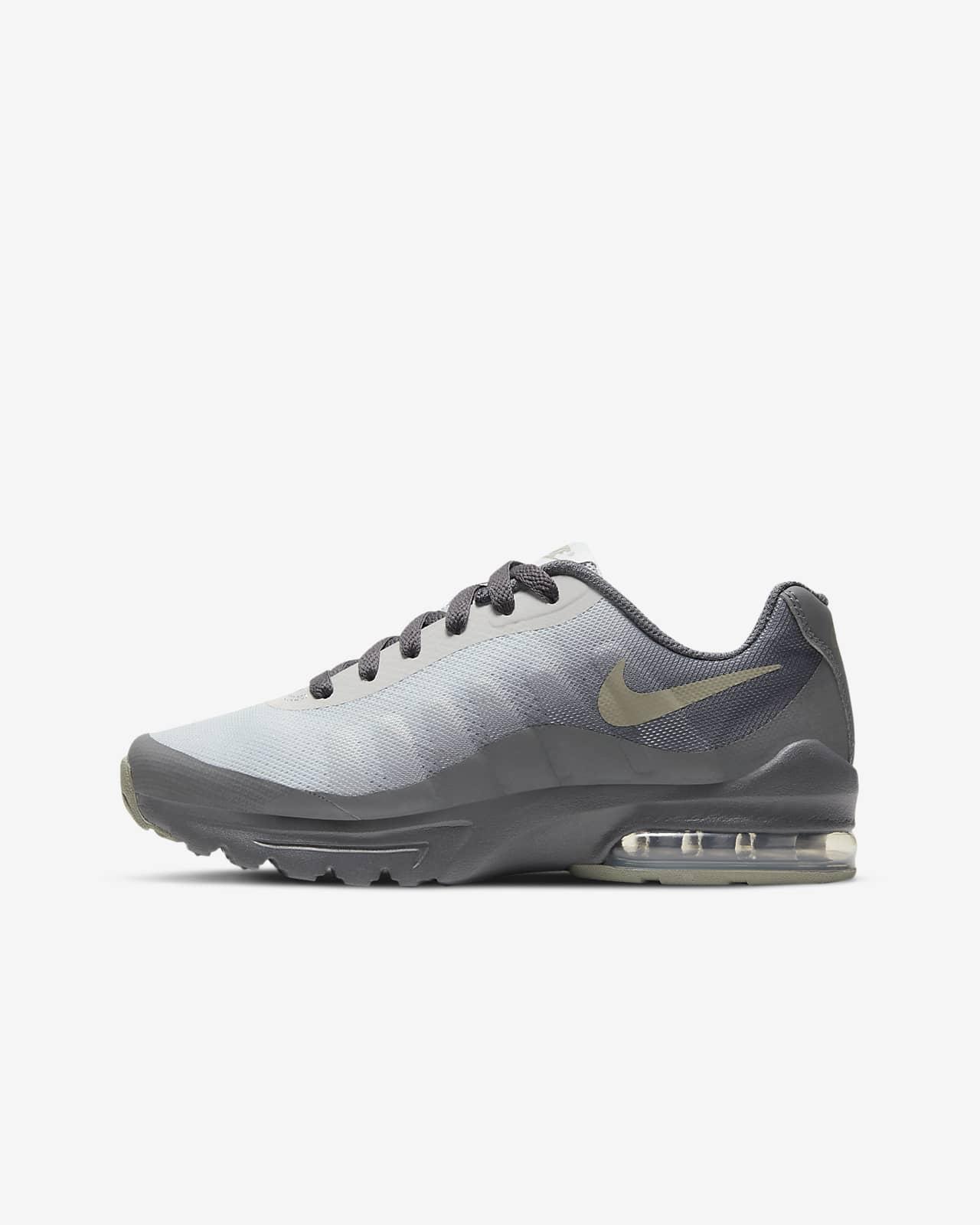 Nike Air Max Invigor Older Kids' Shoe