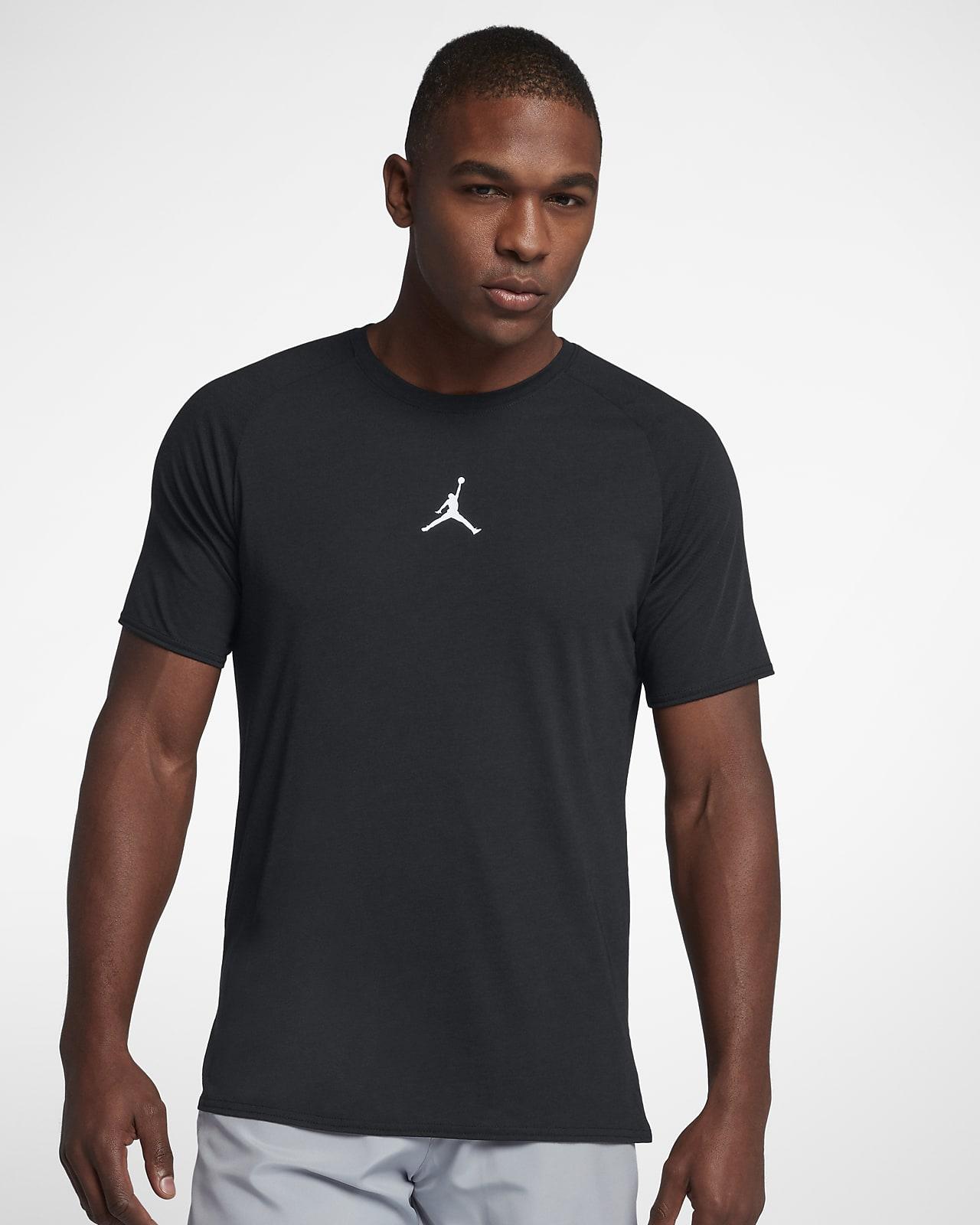 Short-Sleeve Training Top. Nike SG