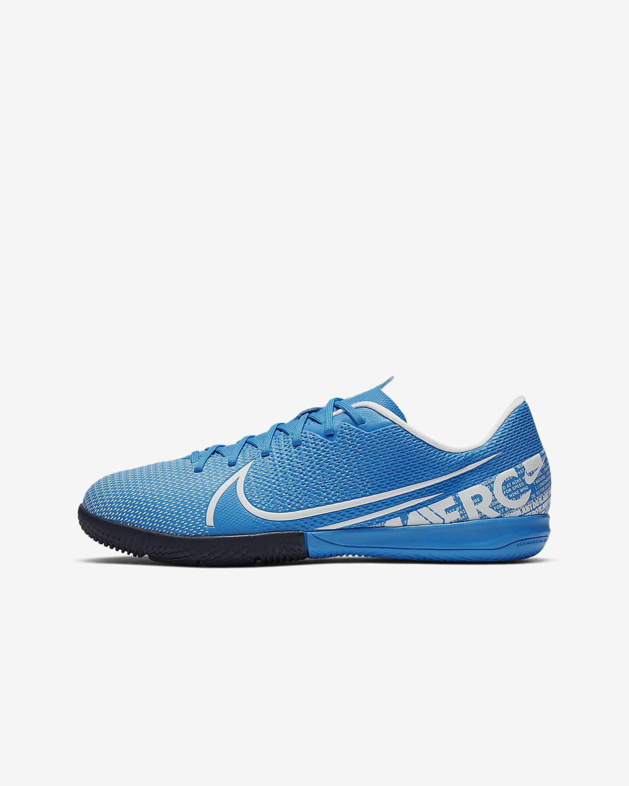 Nike Jr. Mercurial Vapor 13 Academy IC Little/Big Kids' Indoor/Court Soccer Shoe