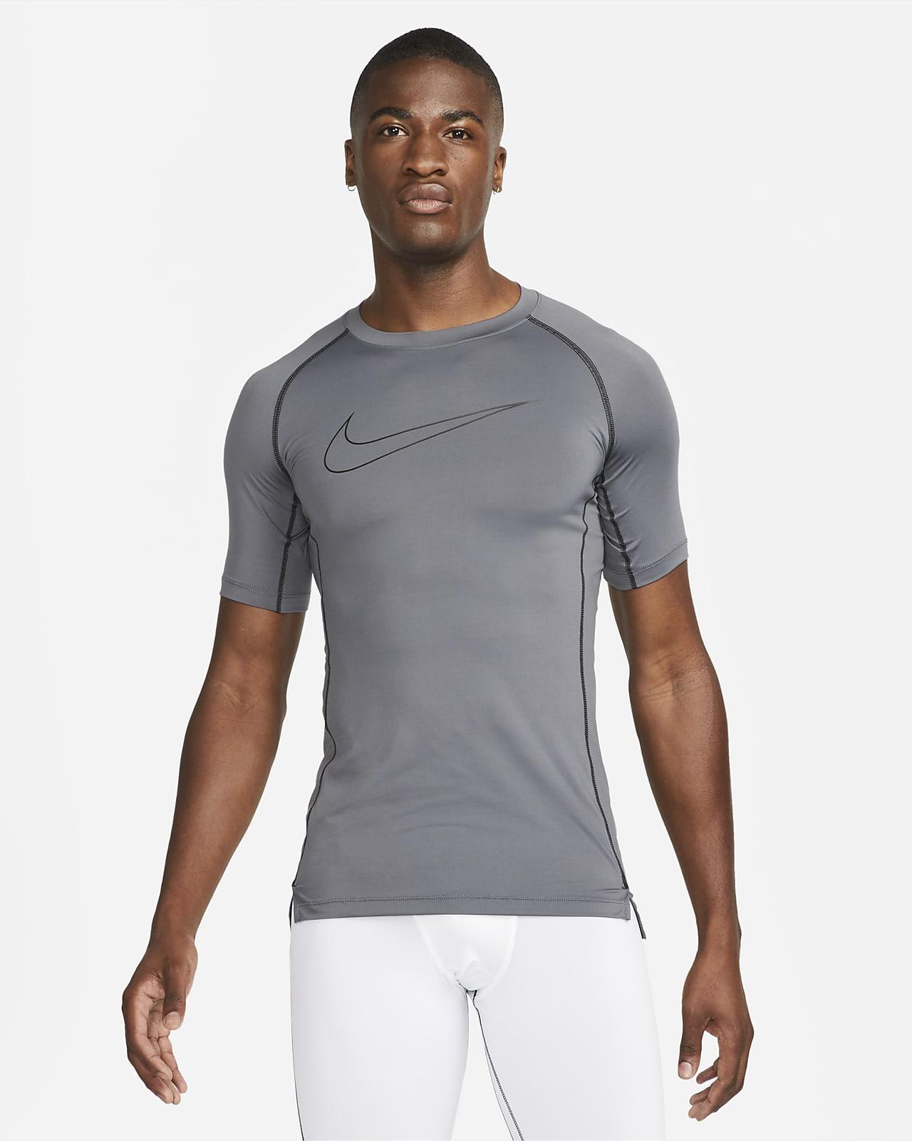 เสื้อแขนสั้นผู้ชายทรงรัดรูป Nike Pro Dri-FIT