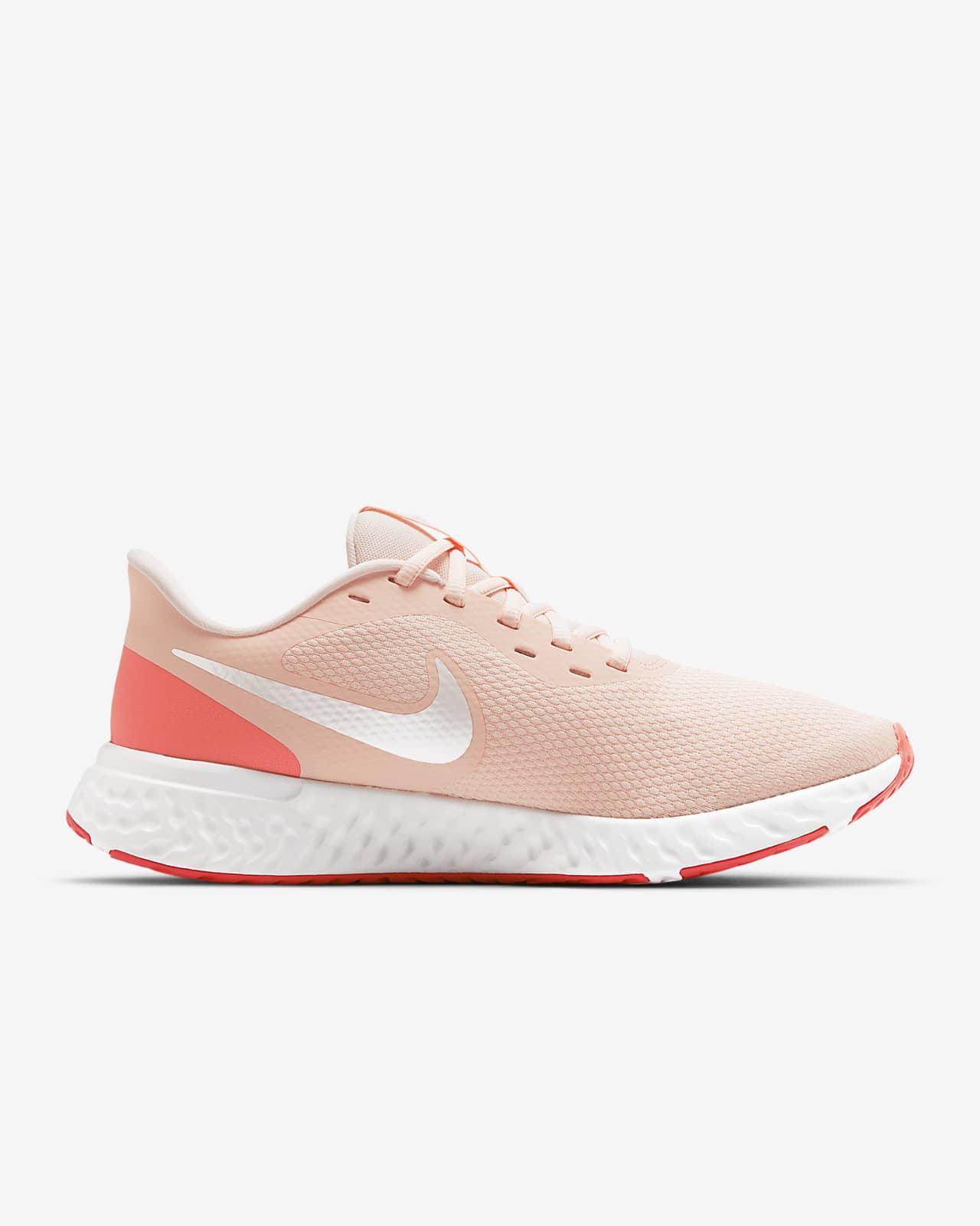 nike chaussures de running revolution 5