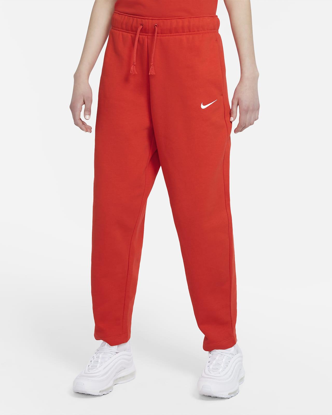 Nike Sportswear Collection Essentials Fleece Kavisli Kadın Eşofman Altı