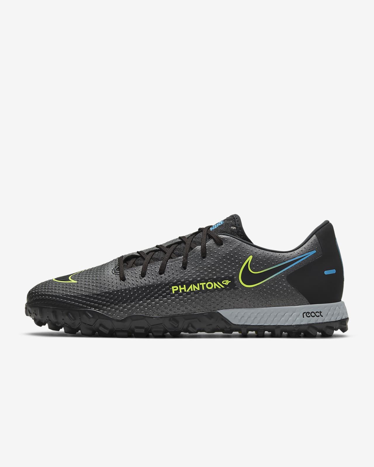 Nike React Phantom GT Pro TF-fodboldsko til grus