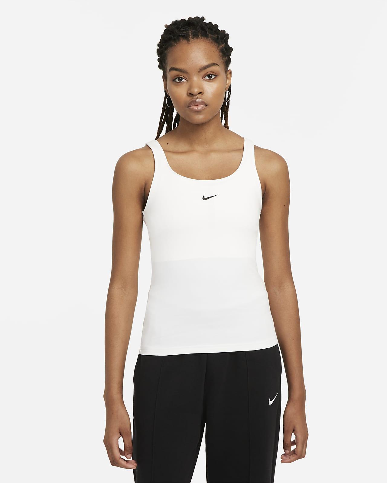 Γυναικείο φανελάκι Nike Sportswear Essential
