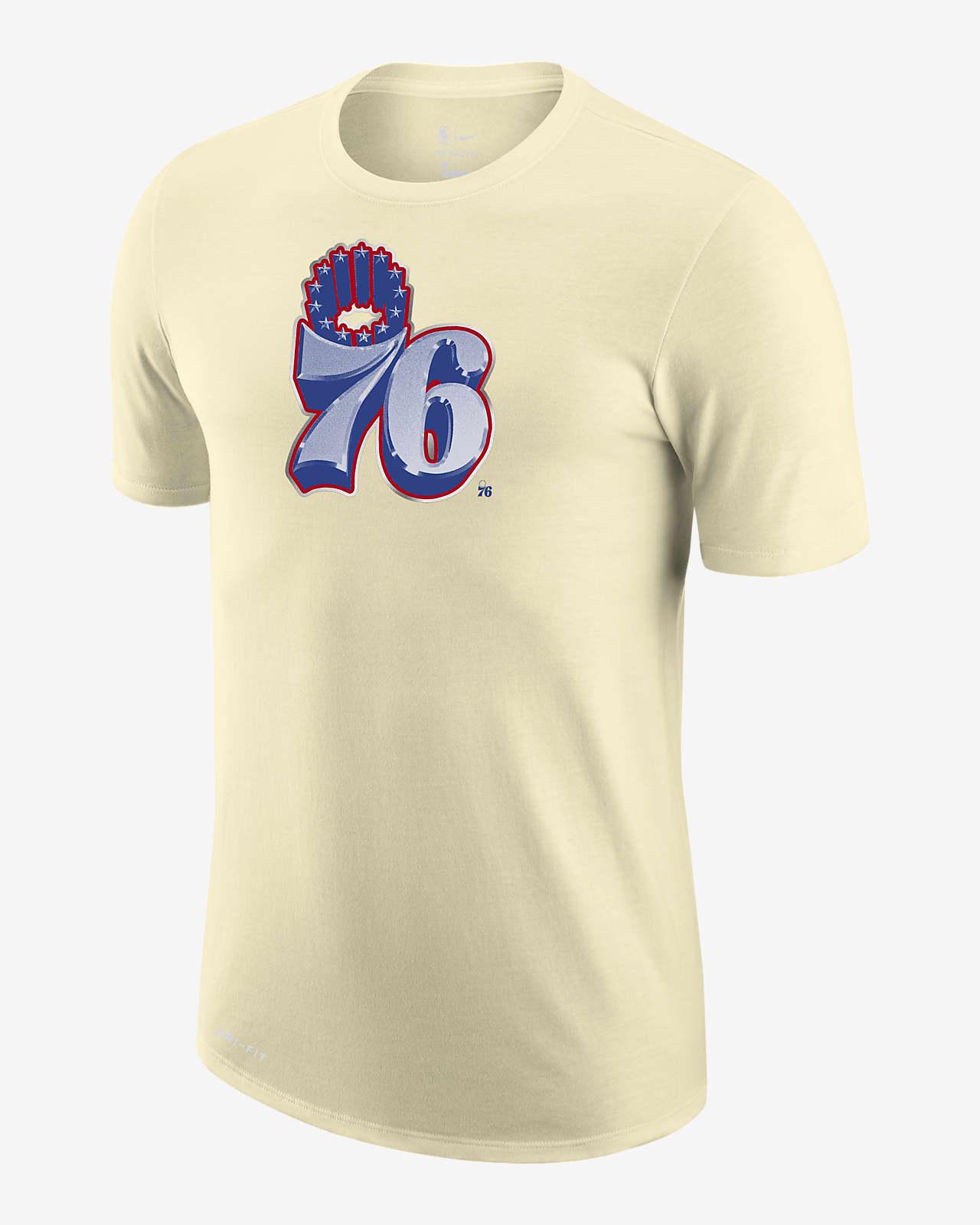 Philadelphia 76ers Earned Edition Nike Dri-FIT NBA-T-skjorte med logo til herre