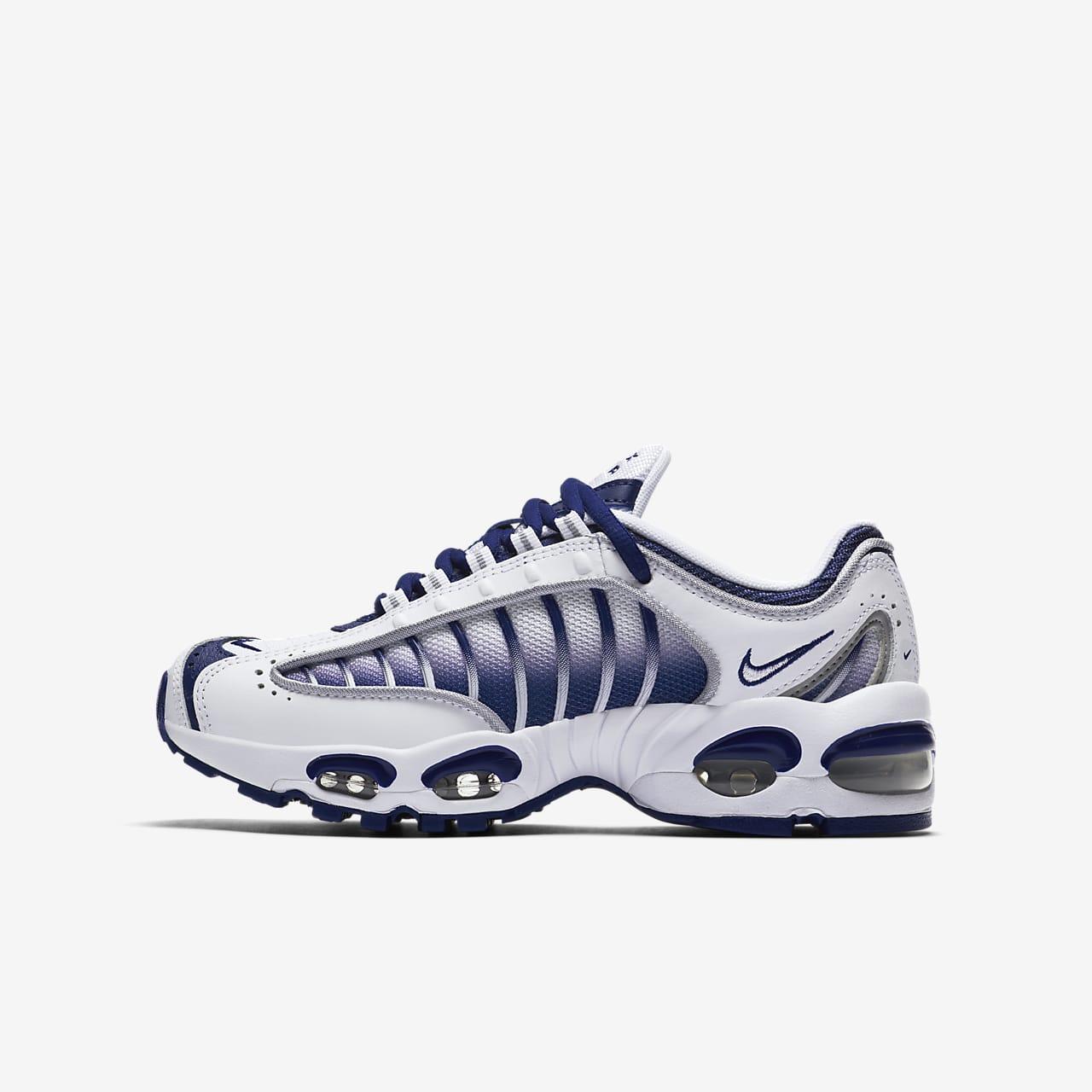 chaussure nike tailwind