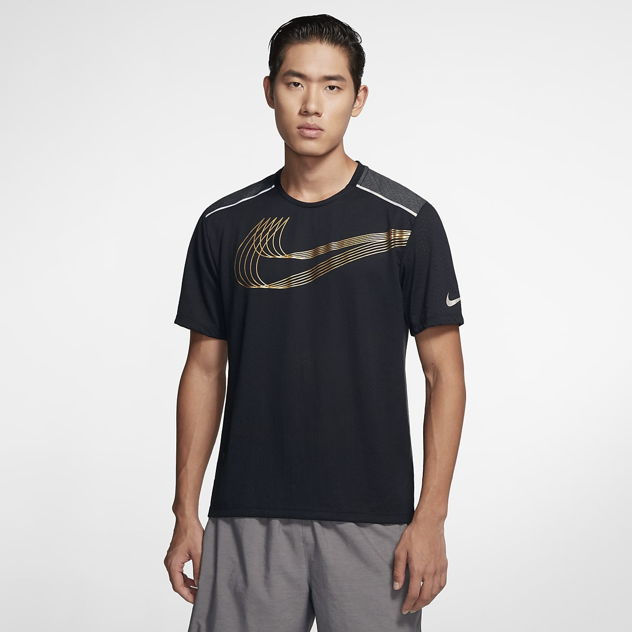 Nike Breathe Rise 365 SHM 男子跑步上衣