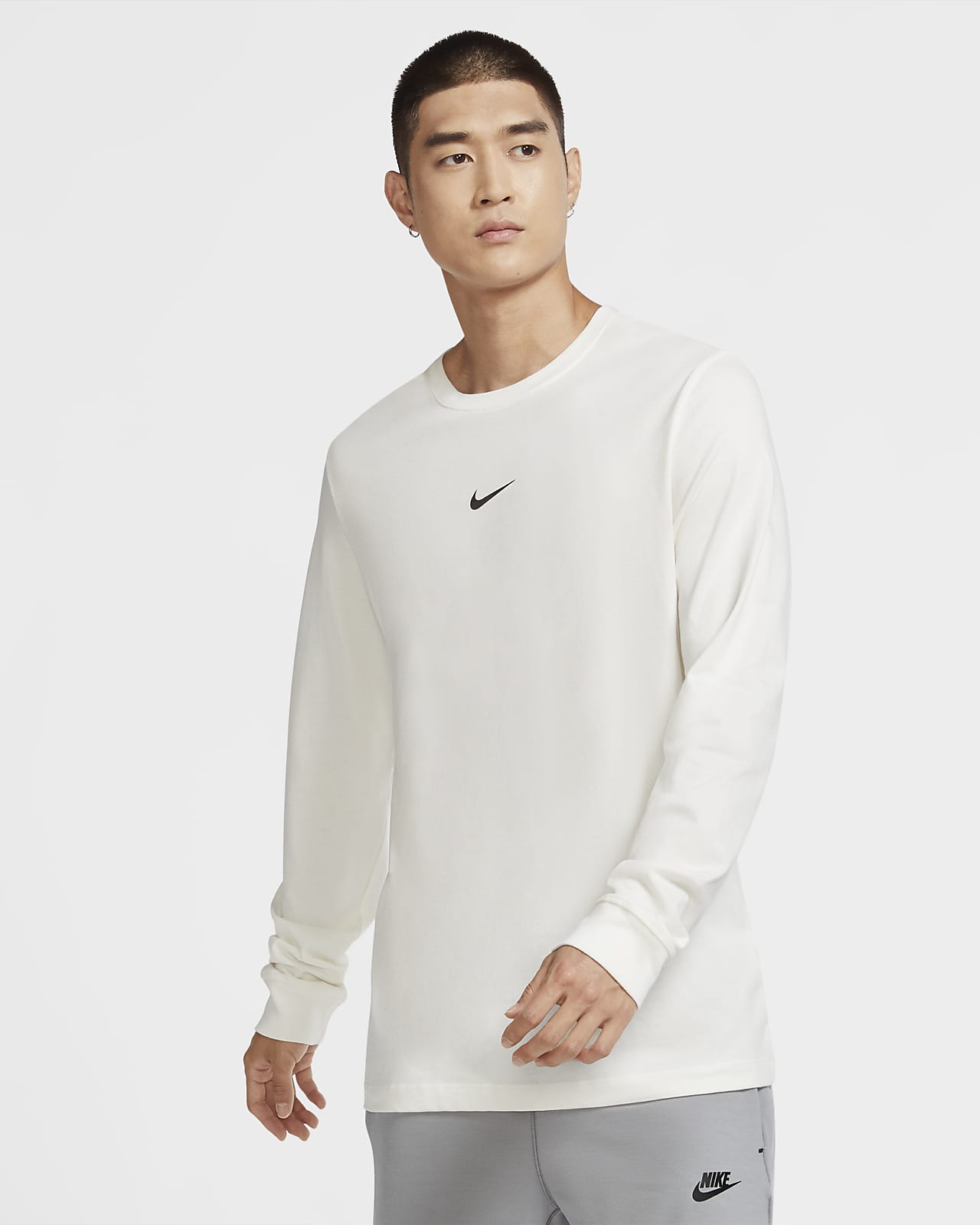Tee shirt à manches longues Nike Sportswear Swoosh pour Homme